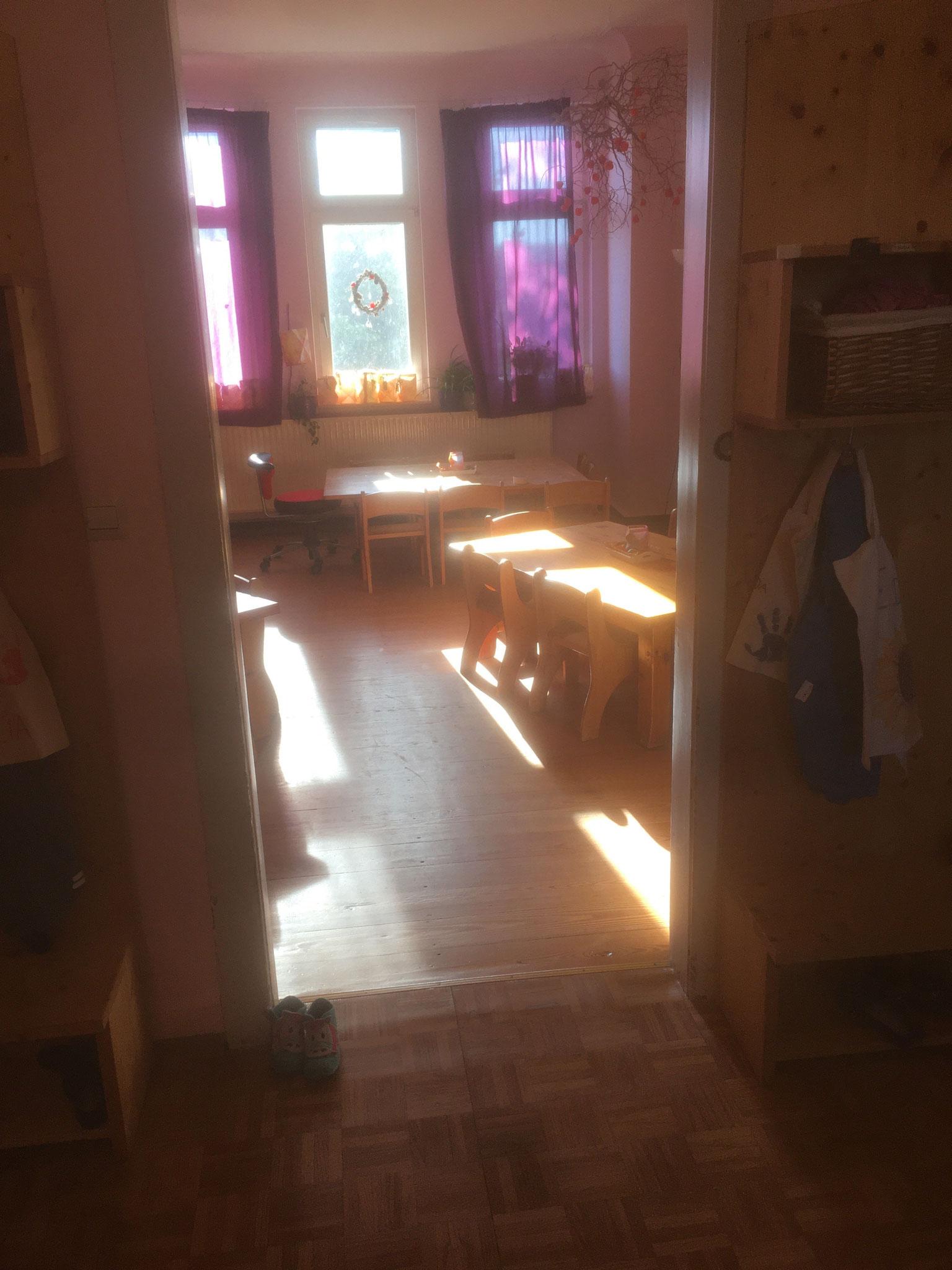 Garderobe und Eingang zu den Gruppenräumen