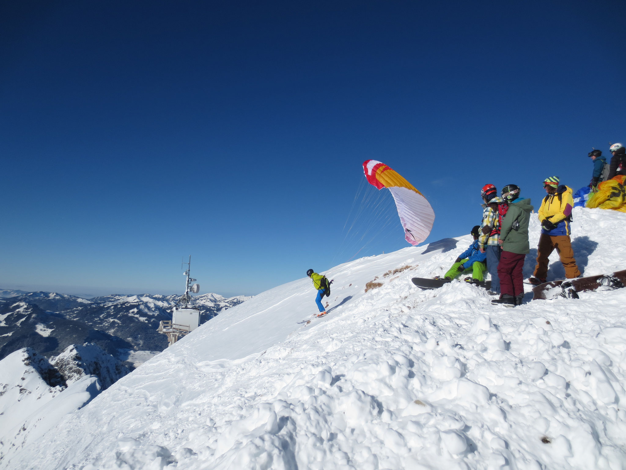 Start am Gipfel mit Ski