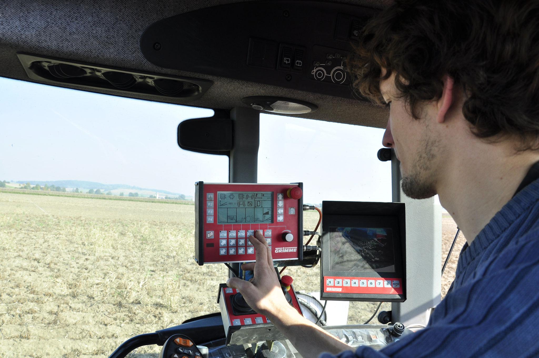 Die Landtechnik bei der Ernte