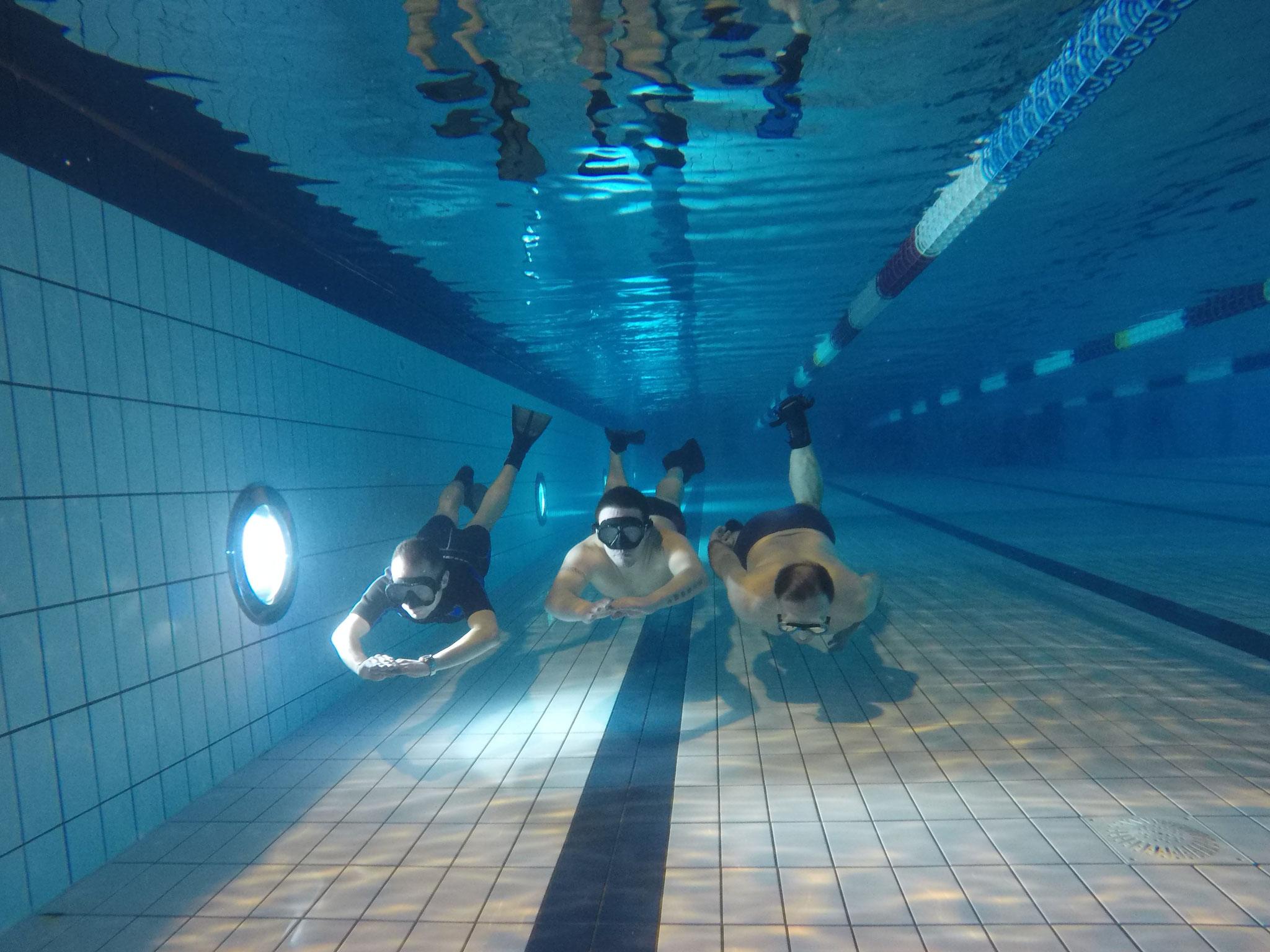 Apnée dynamique en piscine