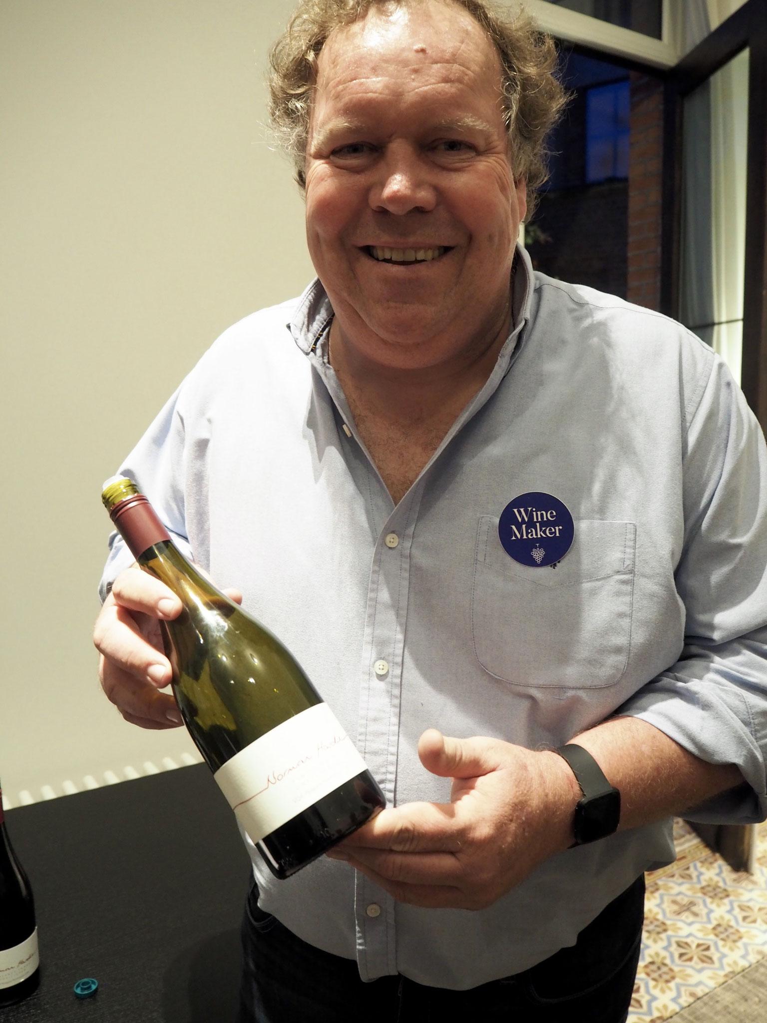 Norman Hardie uit Ontario Canada maakt geweldig goede wijn: county chardonnay unfiltered is breed en c complex. Cab franc :A+ rijp fruit, fris, diep, complex, lang