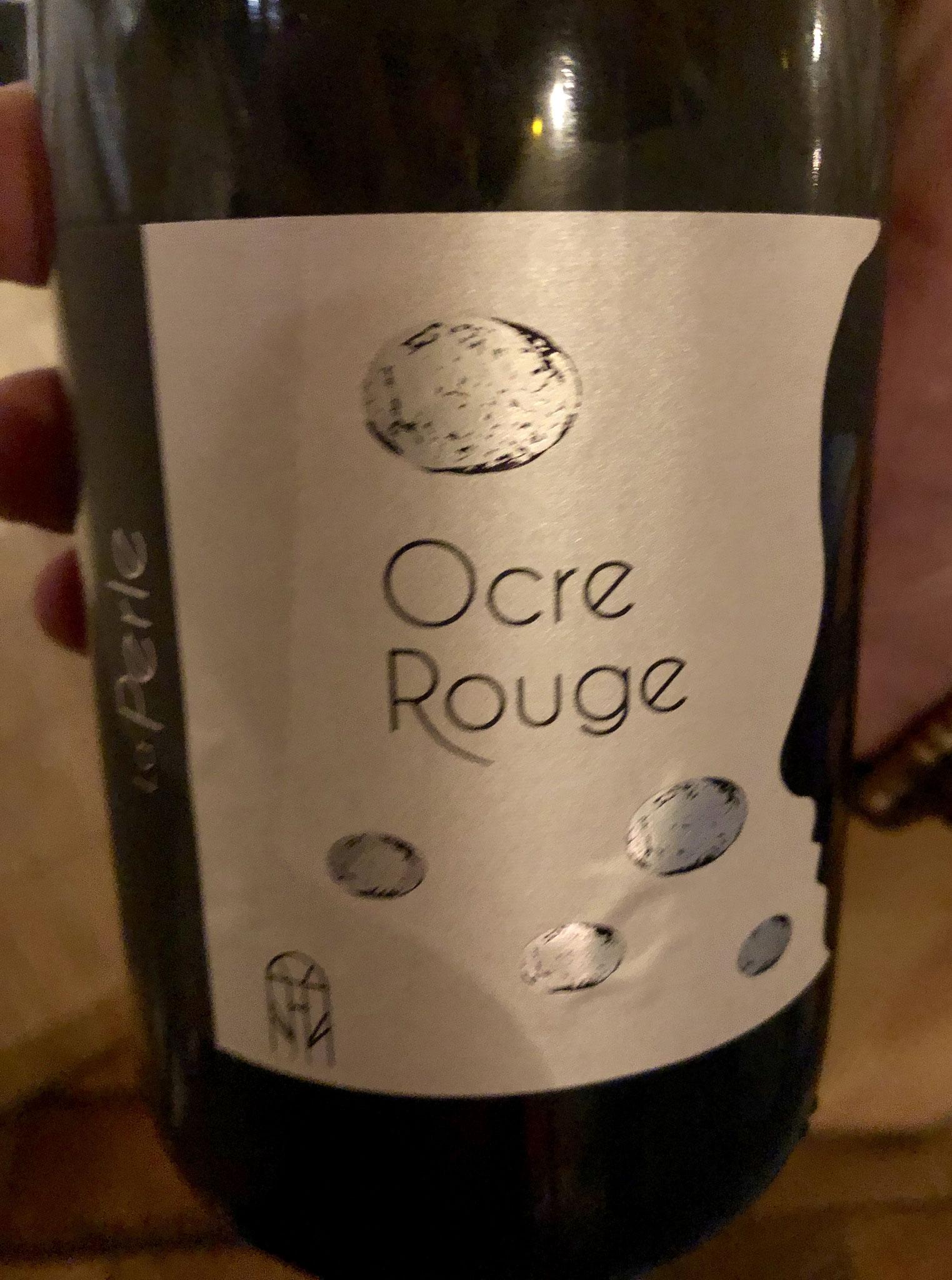 schuimwijn Ocre, licht parelend, okergeel, abrikoos, mooie natuurwijn. Voor gevorderde wijndrinkers & zo veel beter de doorsnee cava !