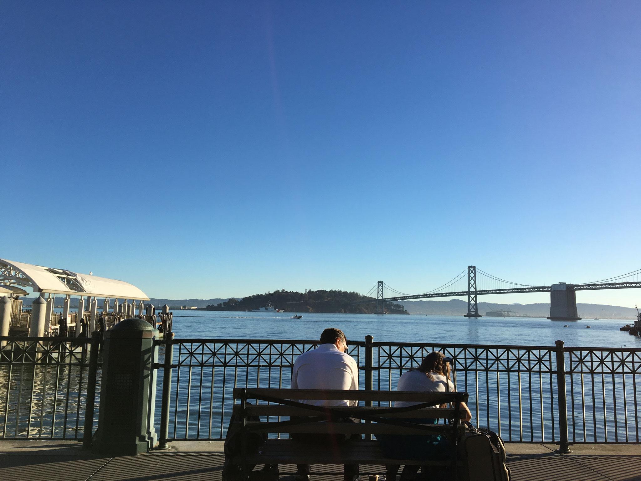 サンフランシスコ湾の眺めは最高 この後向い側のバークレーへ