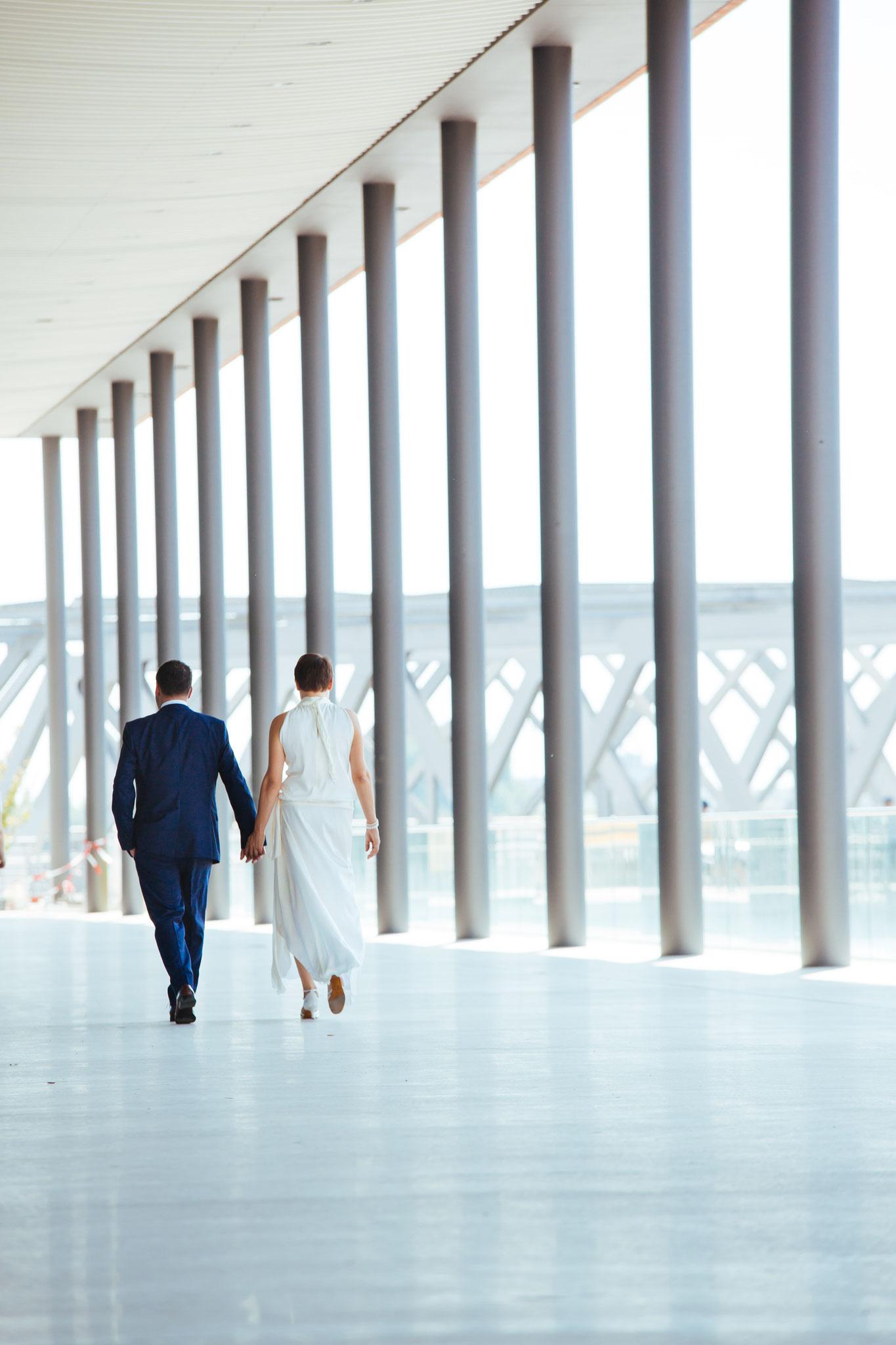 Brautpaar an den Elbbrücken