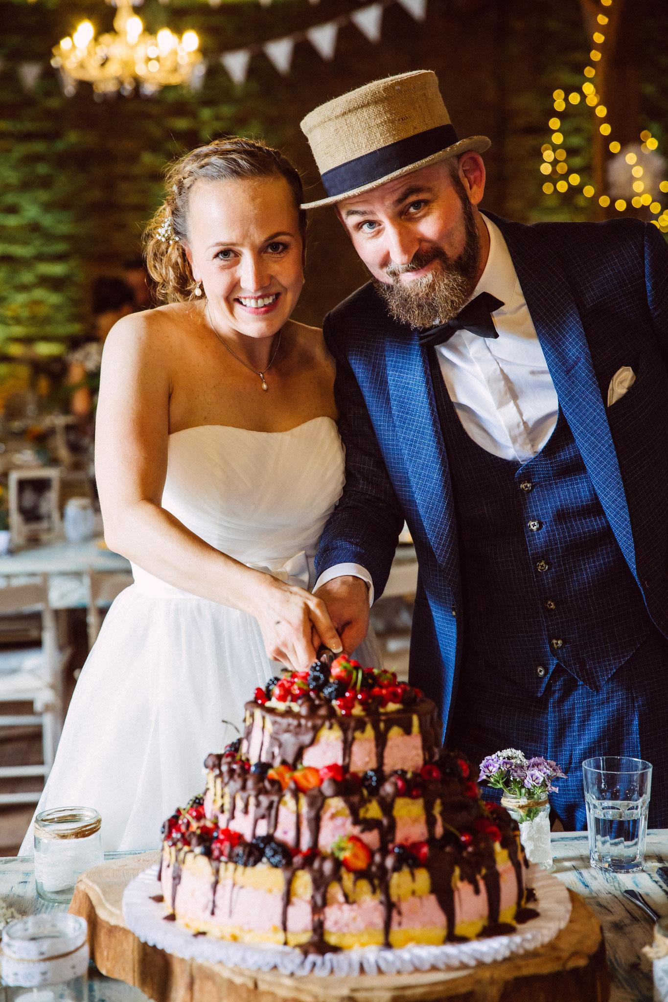 Hochzeitstorten sind Teamwork