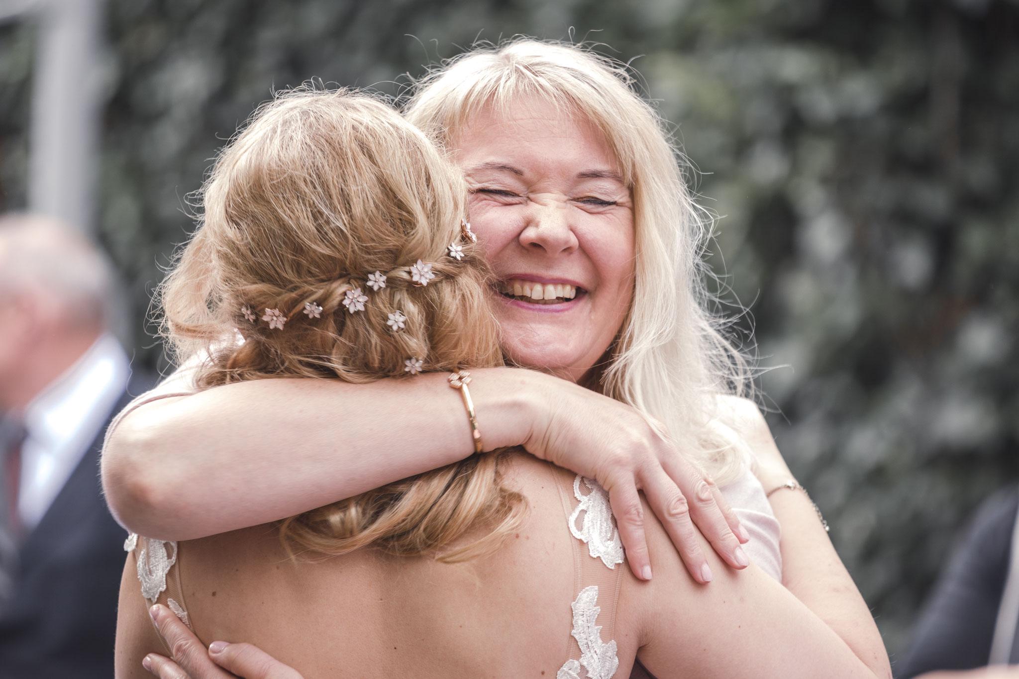 Freude pur, nicht nur bei der Braut
