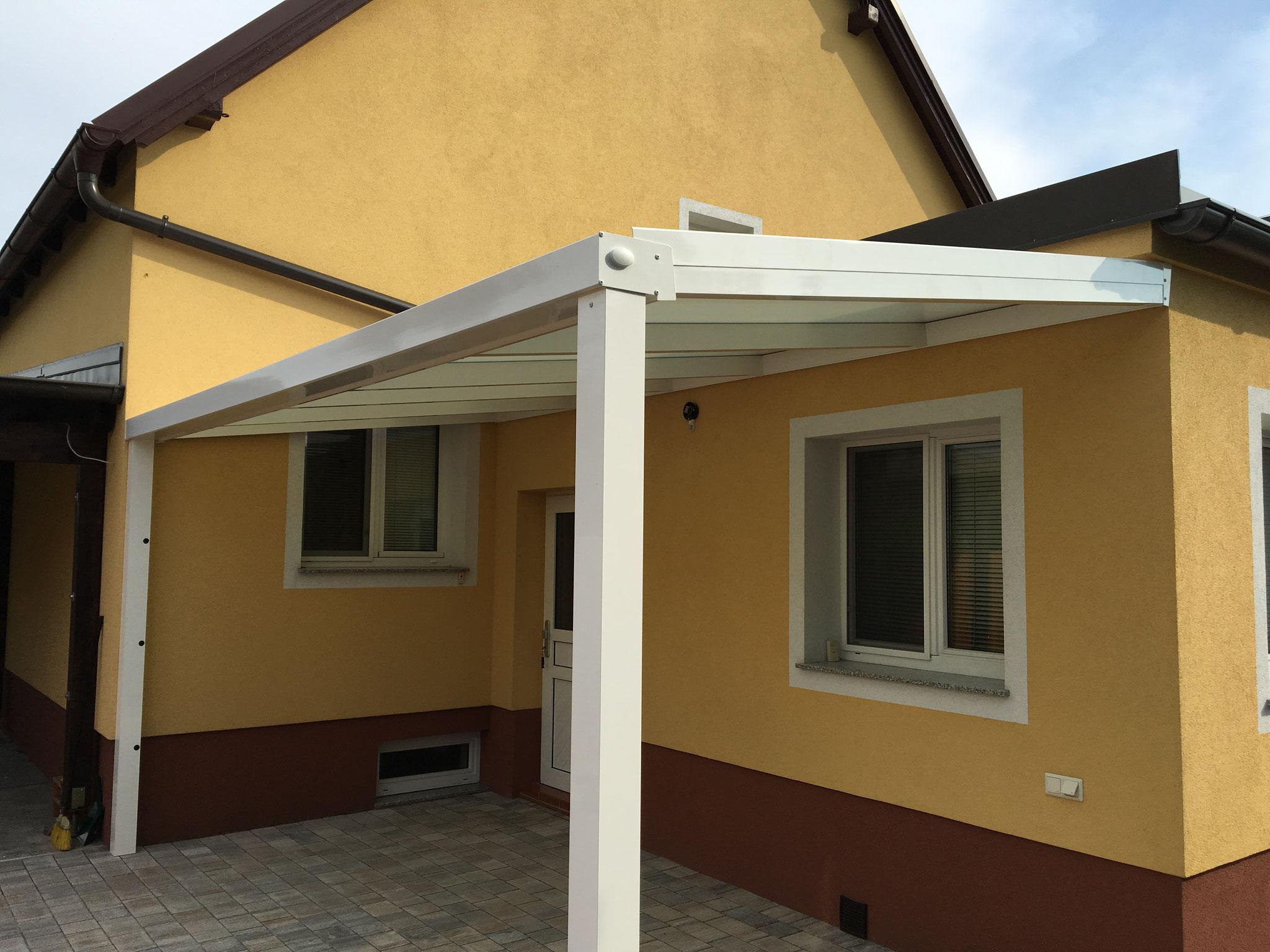 Terrassenüberdachung SMILE - weiß