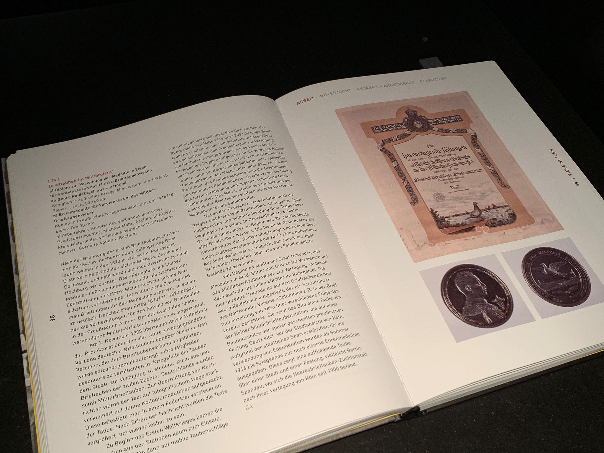 Ausstellungskatalog mit den Exponaten der Brieftauben-Historiker