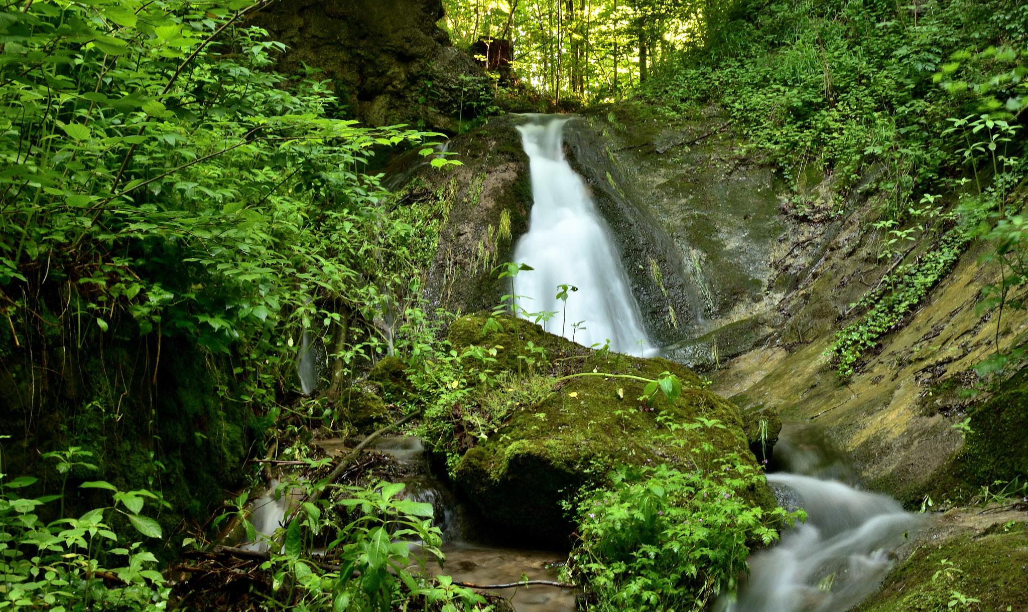 Wasserfall bei der Lourdesgrotte