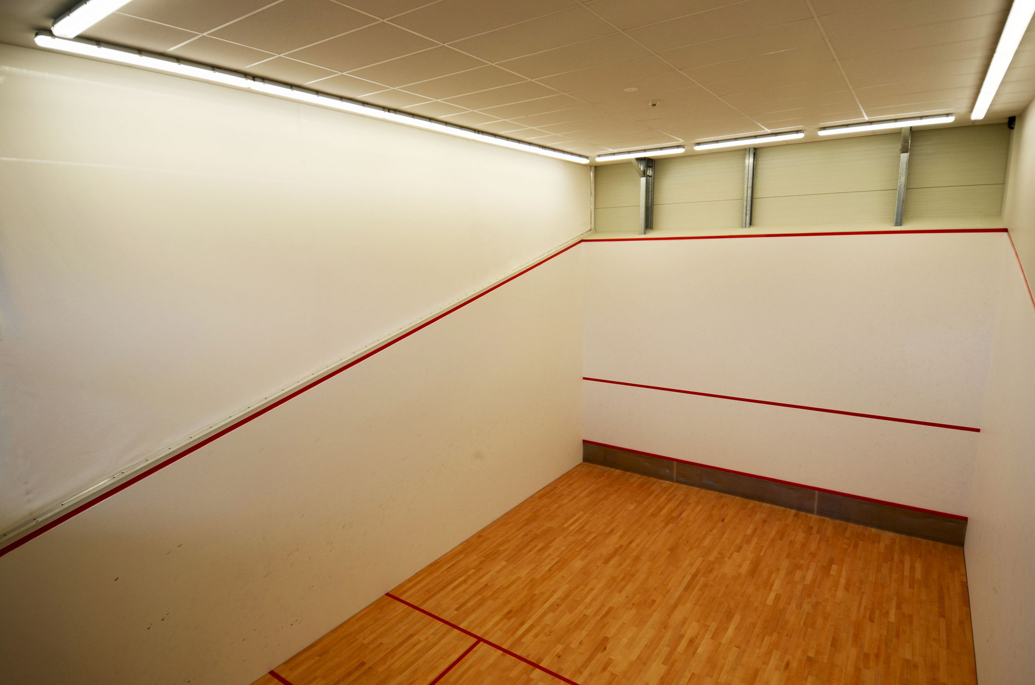 Squash Court Divider Wall, Golden Bay Recreation Centre
