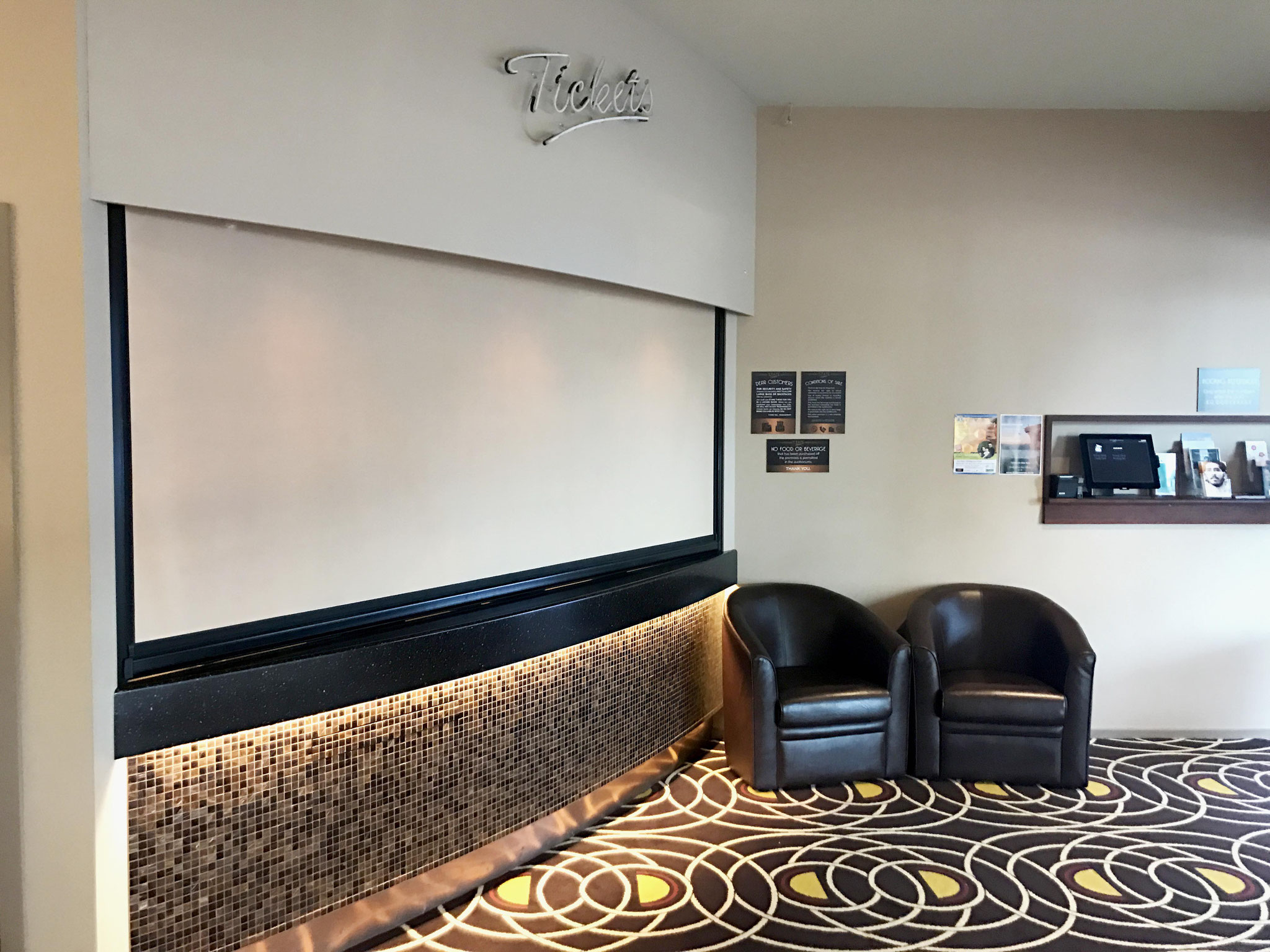 State Cinema Acoustic Ziptrak Blind, Nelson