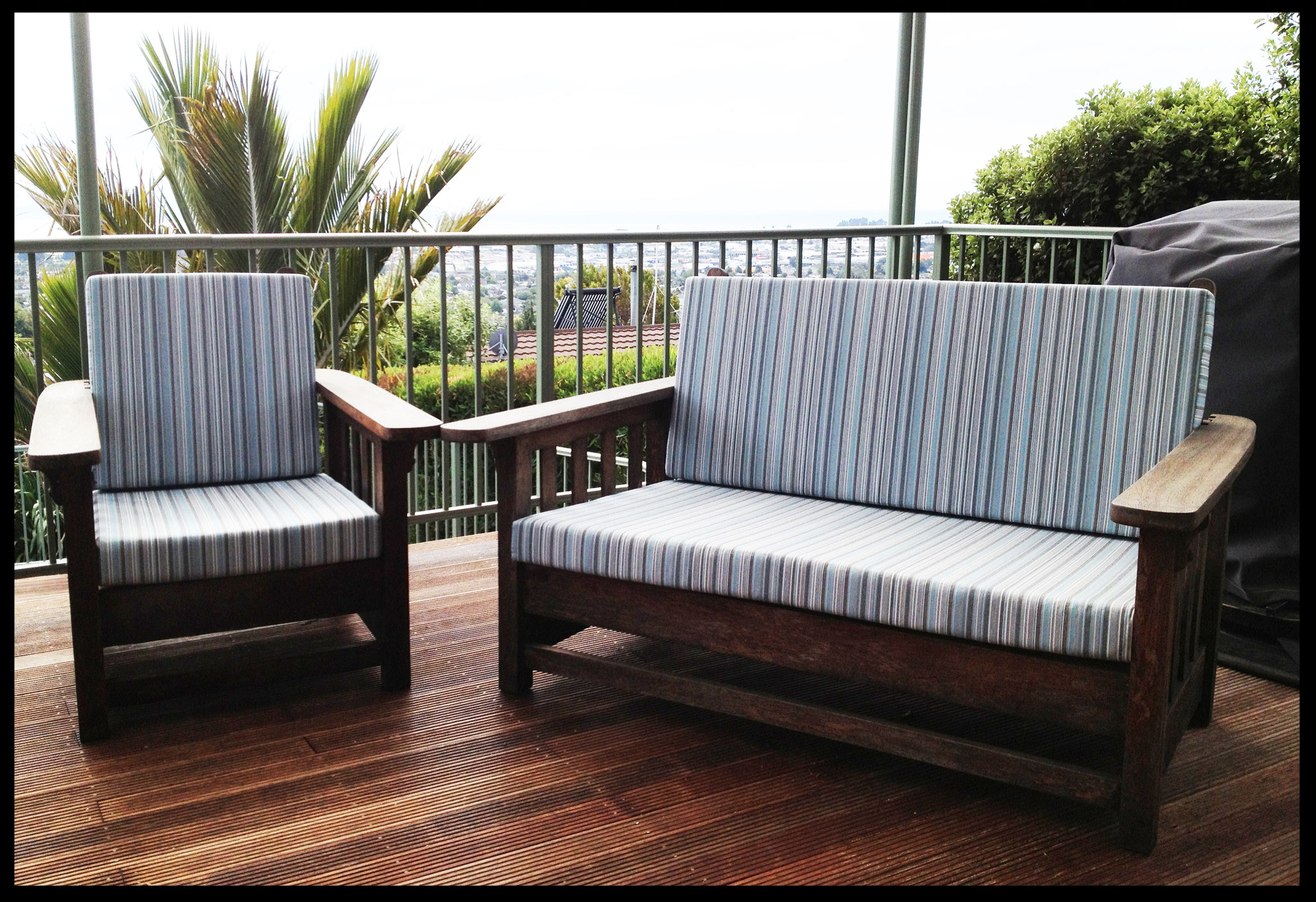 Outdoor furniture squabs