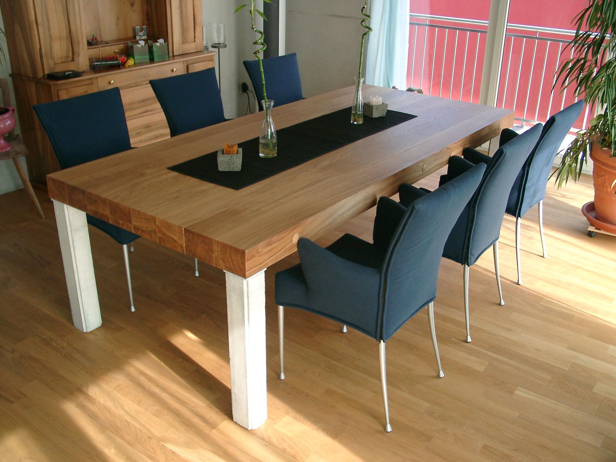 Tisch auf Mass - Gut Schreinerei Mauensee | Innenausbau ...