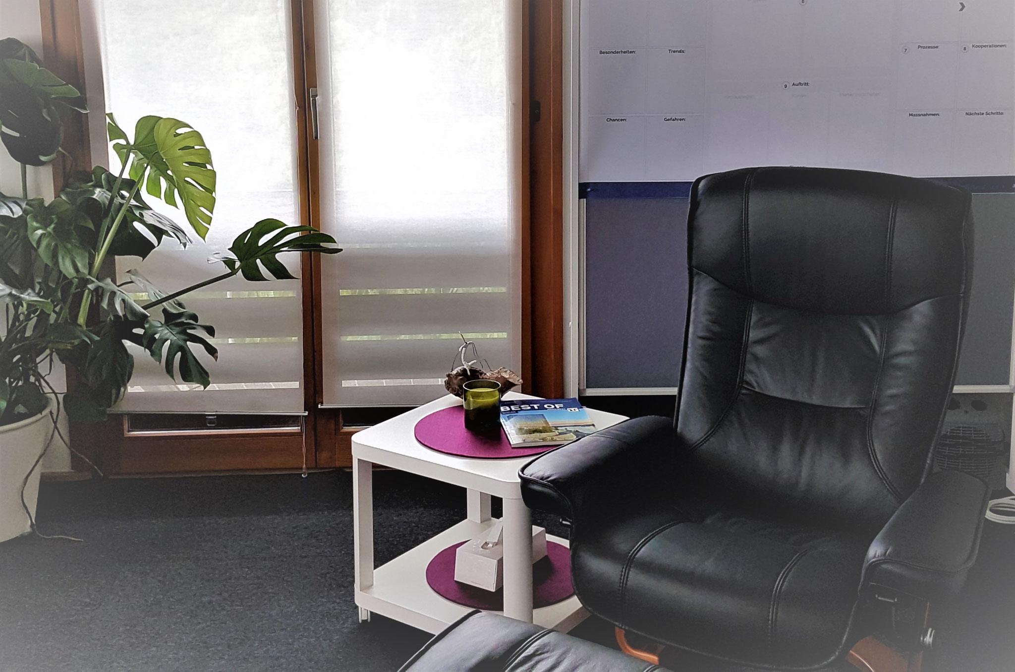 oder geh auf Entspannungsreise auf dem bequemen Sessel.