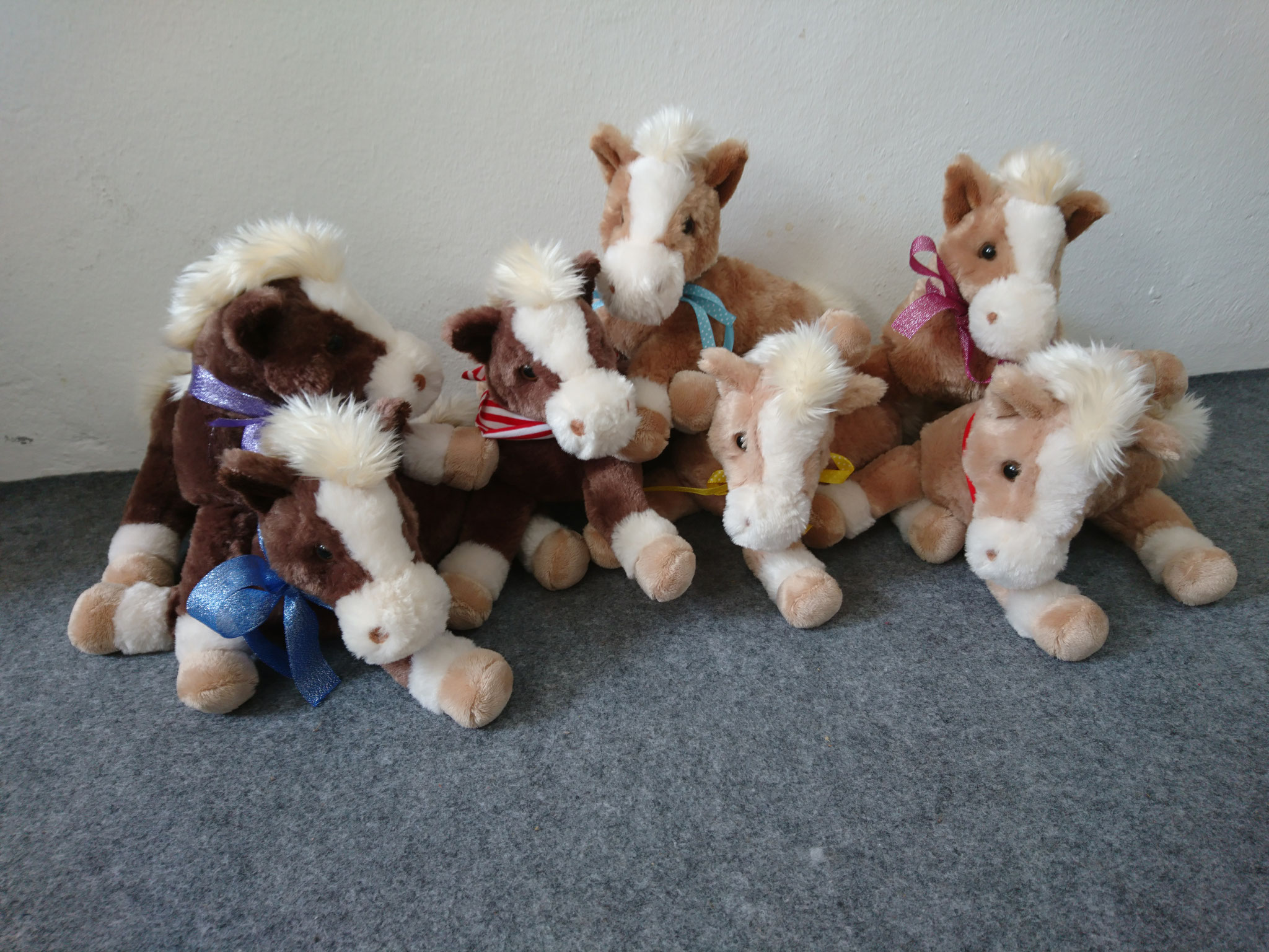 liegendes Pferd - nur bei einem Kindergeburtstag, ab 8 Jahren