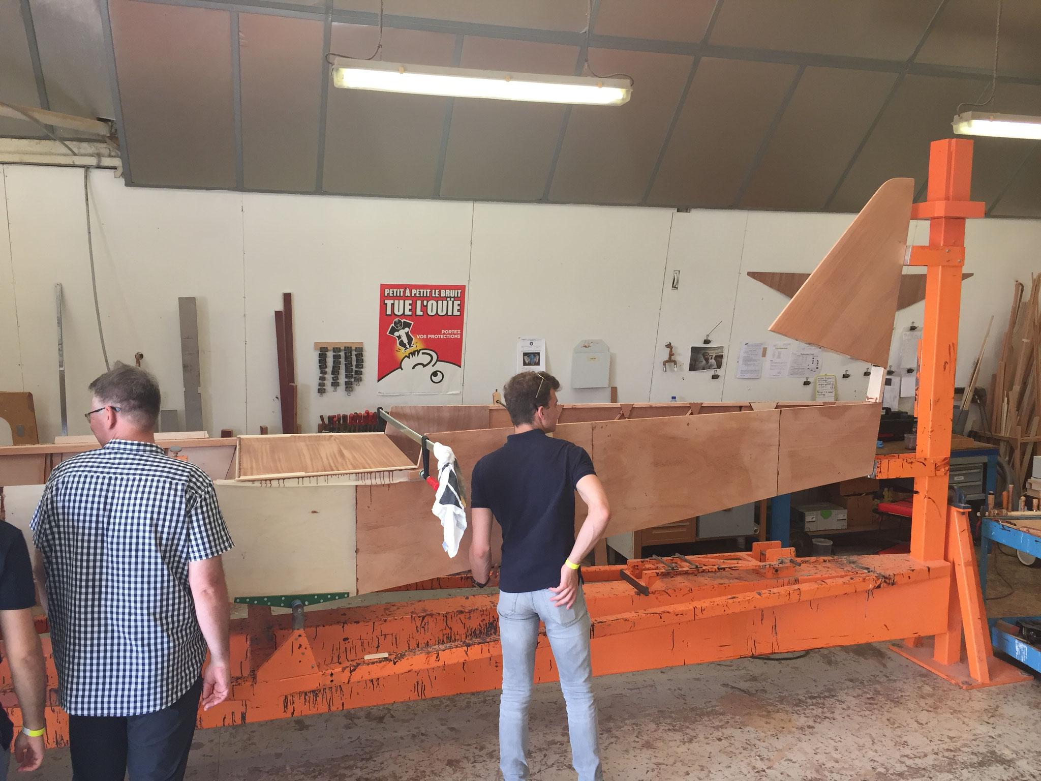 DR401-Menuiserie Fuselage nu et Empennage Vertical