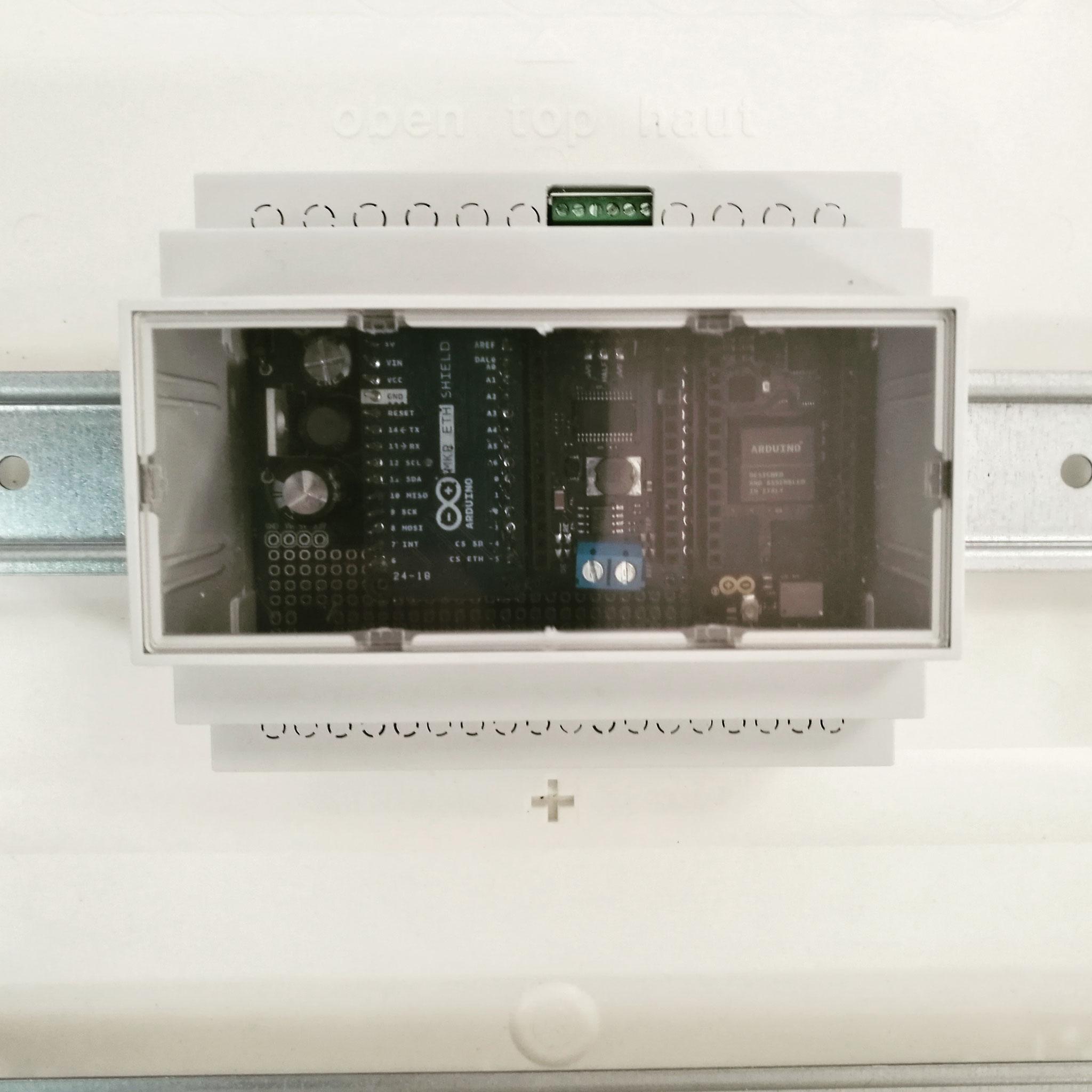ArduiBox MKR Gehäuse  im Schaltschrank