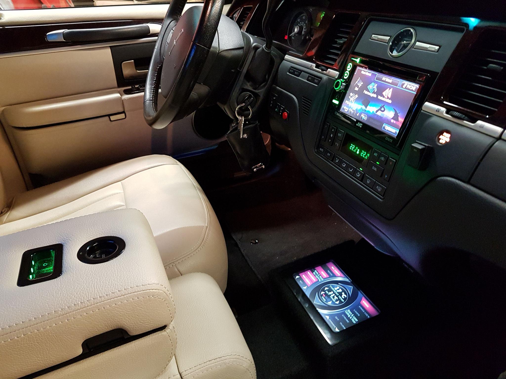 Touchpanel Fahrerseite