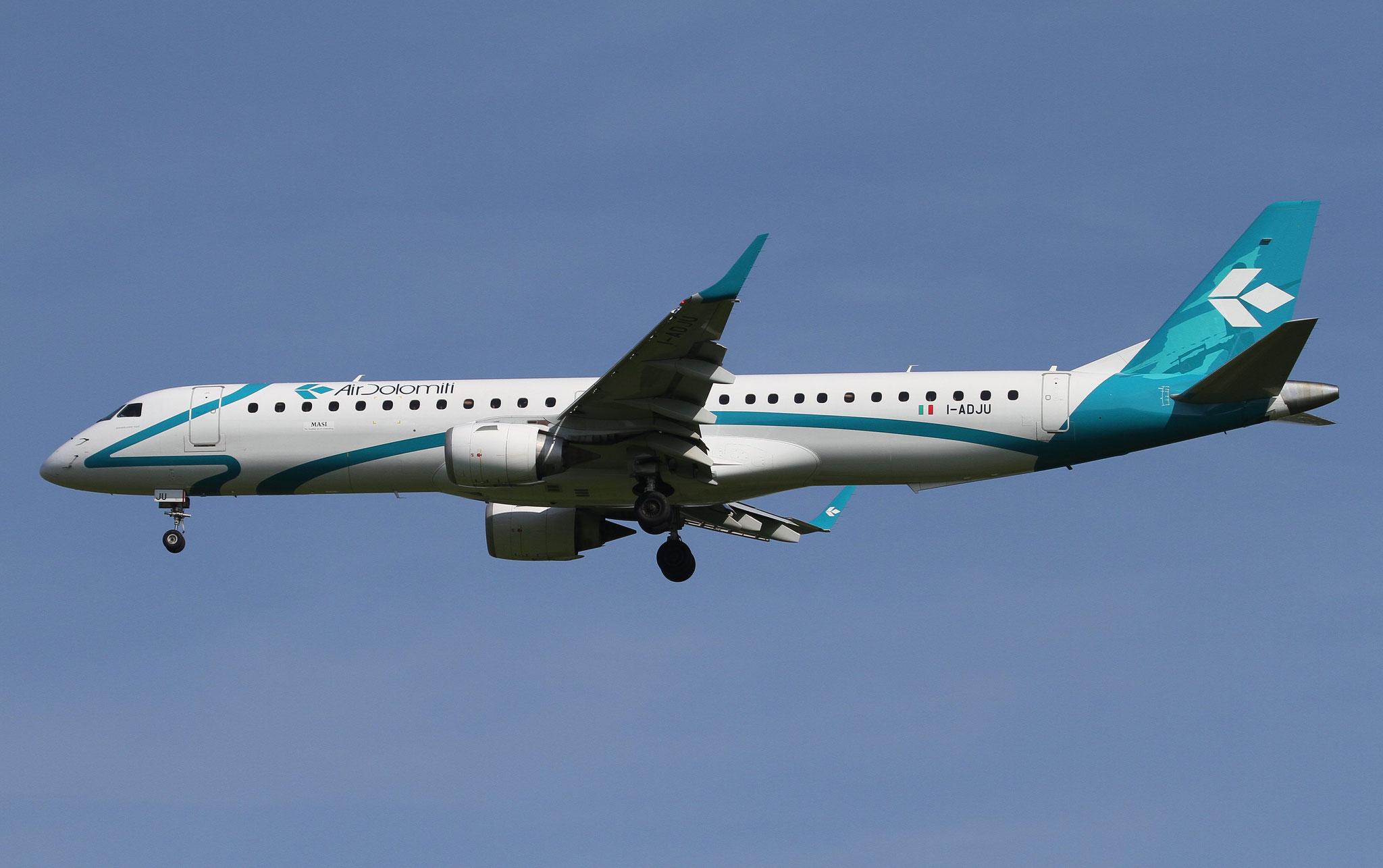 I-ADJU ERJ195LR 19000290 Air Dolomiti