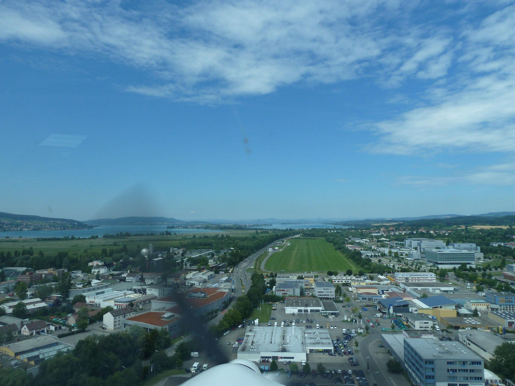 Bodensee Landeanflug1 (HR)