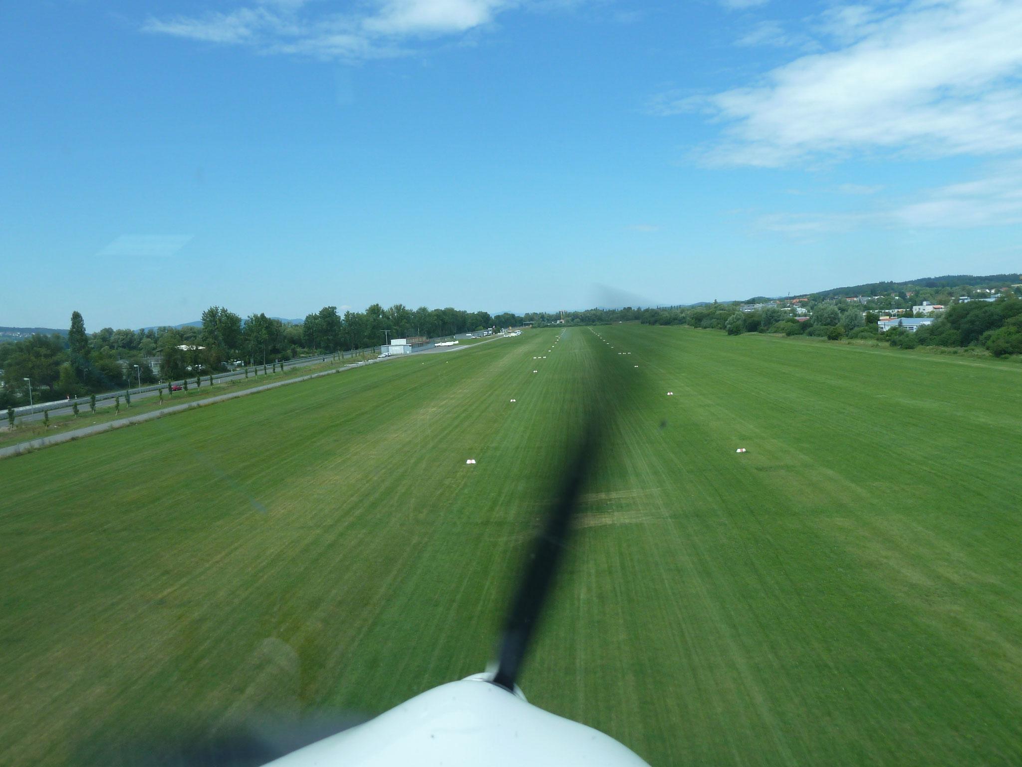 Bodensee Landeanflug2 (HR)