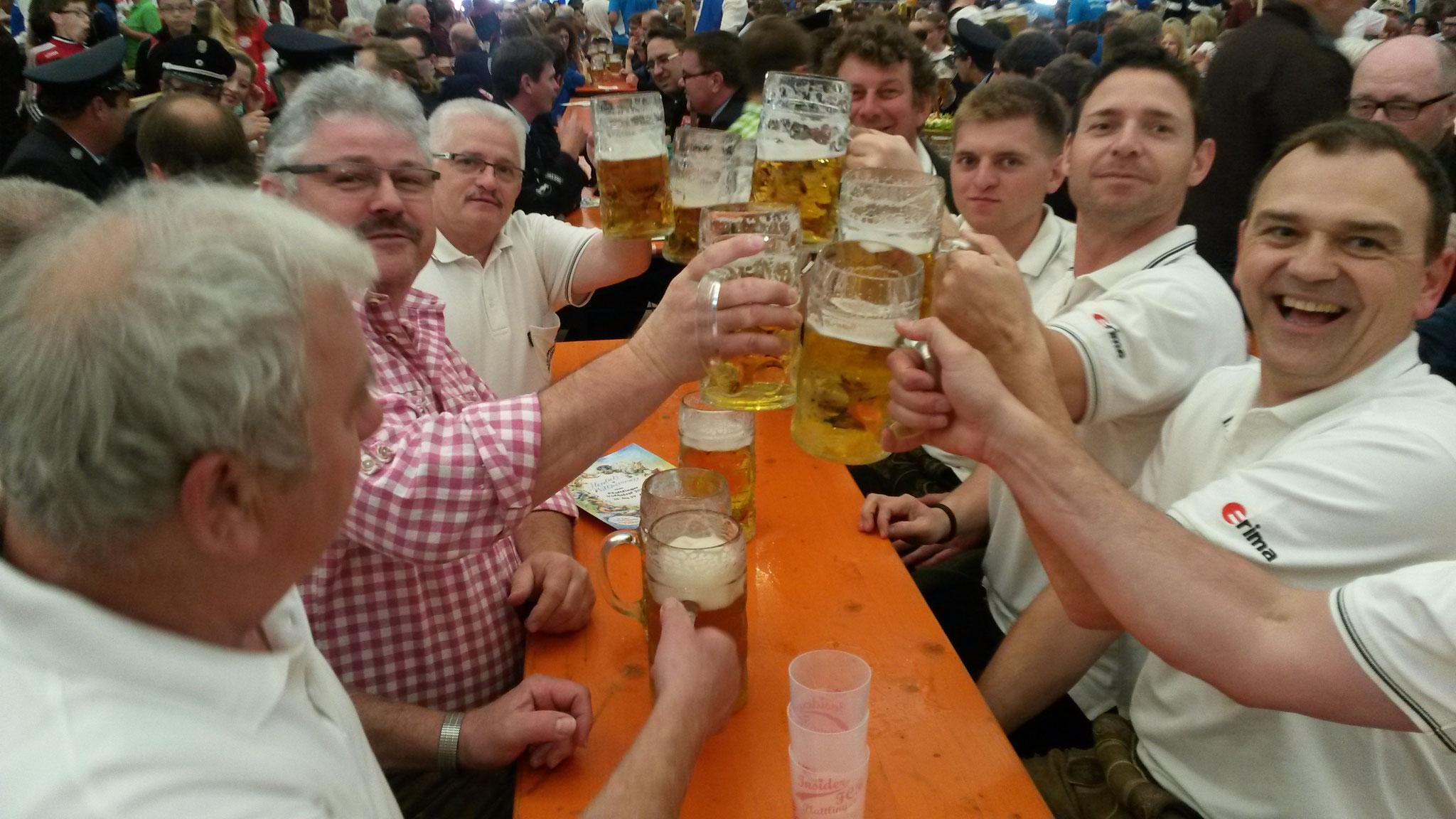 Kellerbuam im Volksfest Plattling 2016