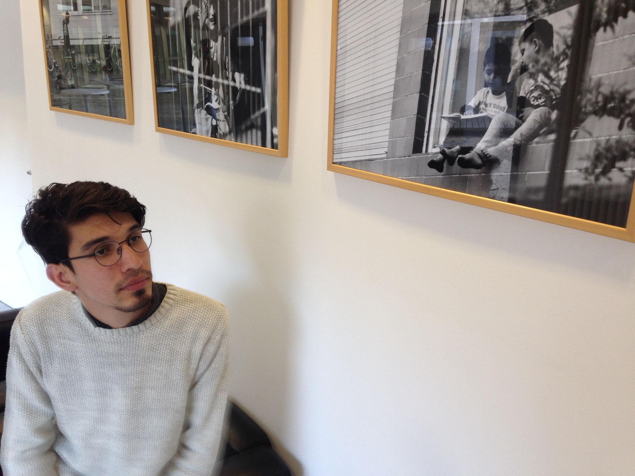 Alireza Noori hat in Hohenheim Schwarz-Weiß-Bilder ausgestellt.