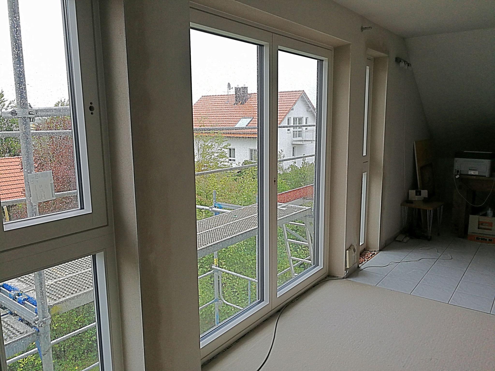 Neue Fenster im DG