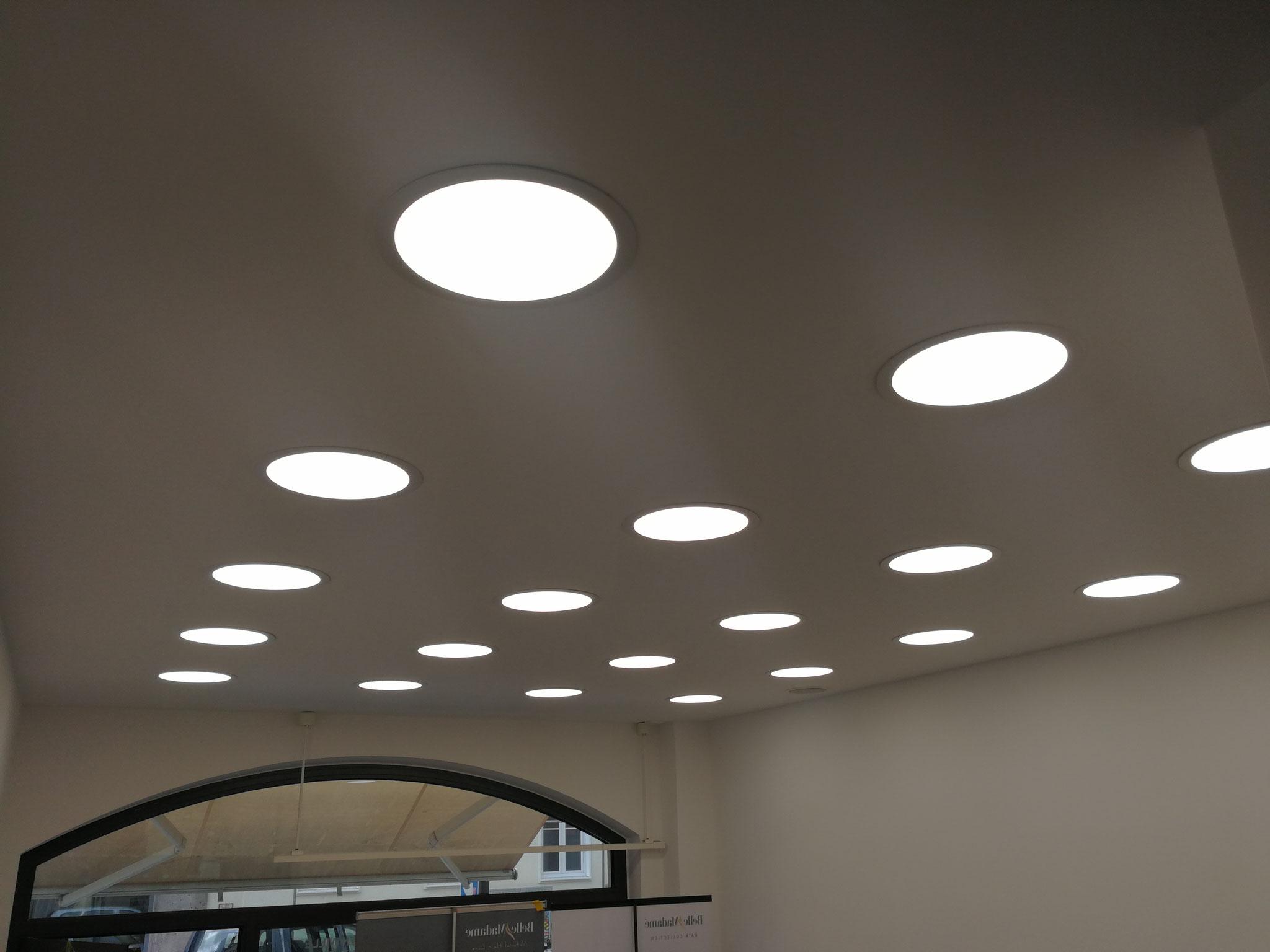 LED Beleuchtung 24 W neutralweiß