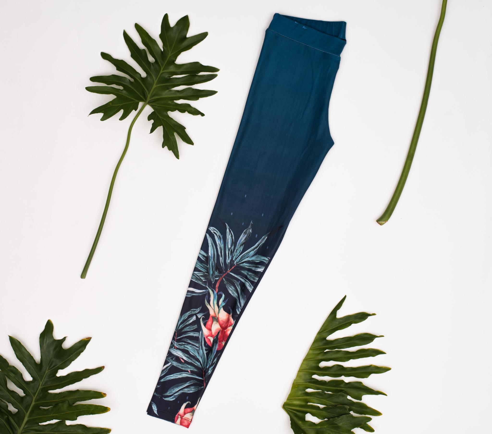 Yoga Leggings 'Pitaya Blue'