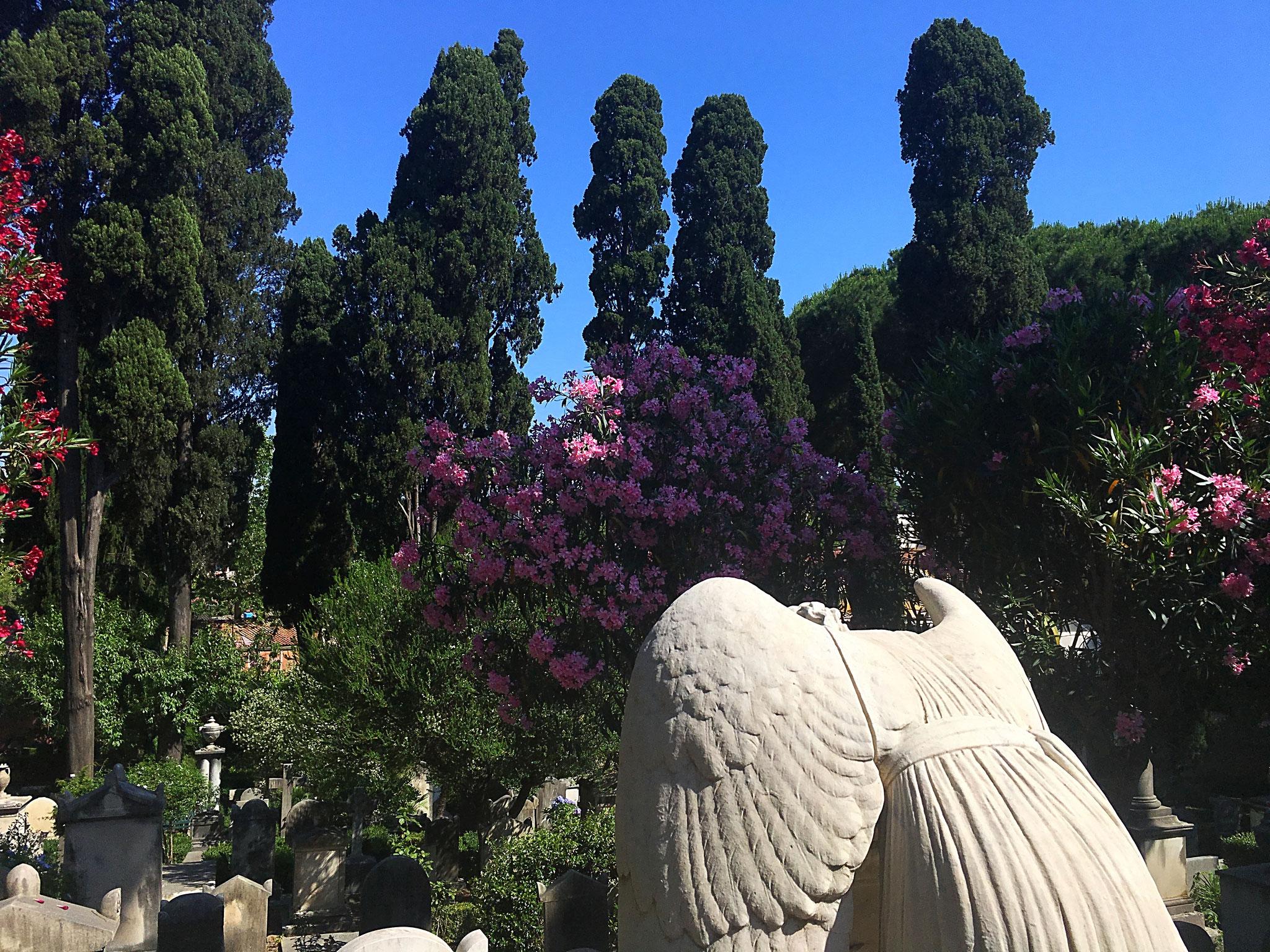 Auf dem Campo Cestio haben viele Berühmtheiten ihre letzte Ruhe gefunden.