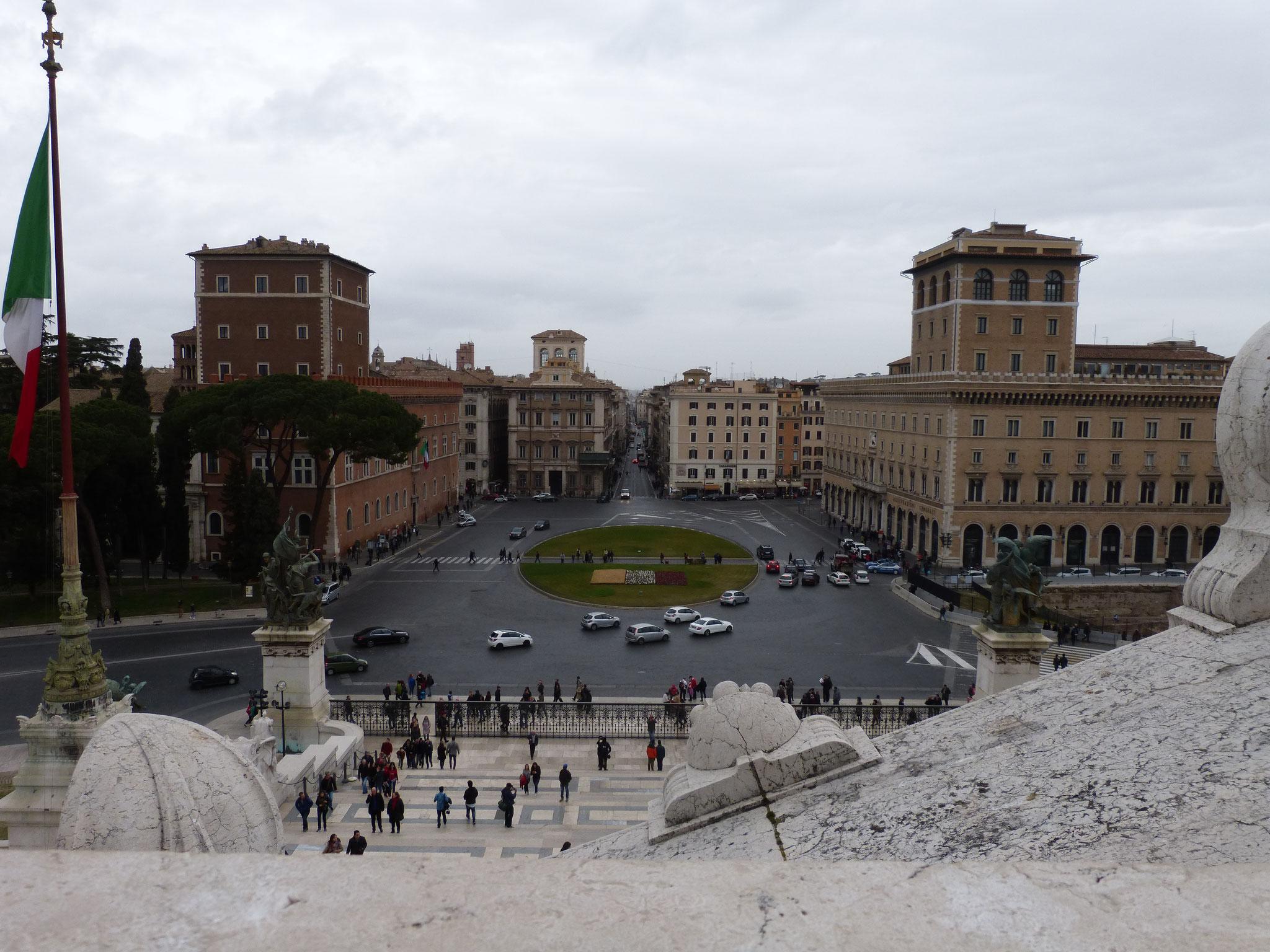 Blick auf die Piazza Venezia und auf die Via del Corso