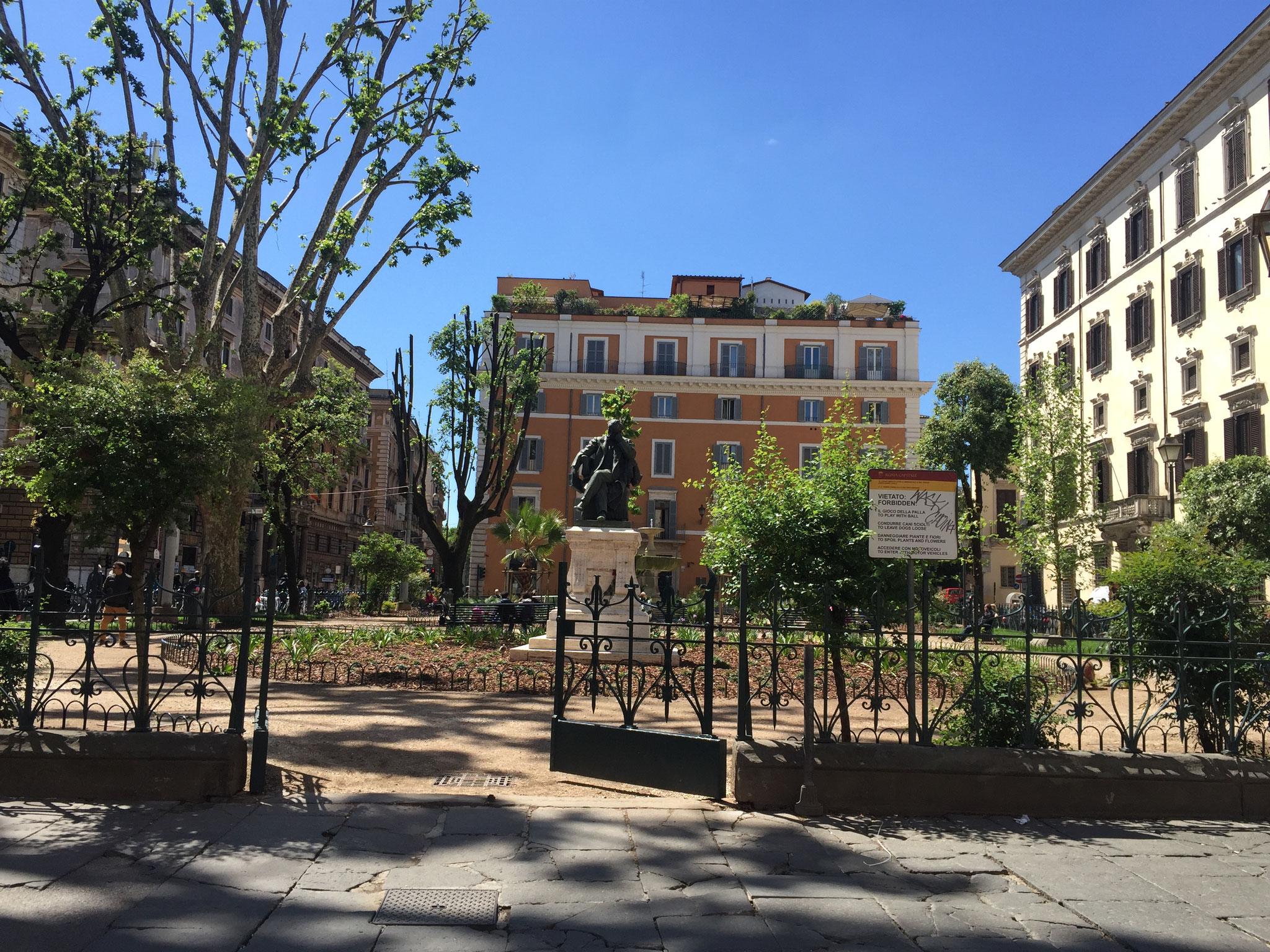 Piazza Benedetto Carioli