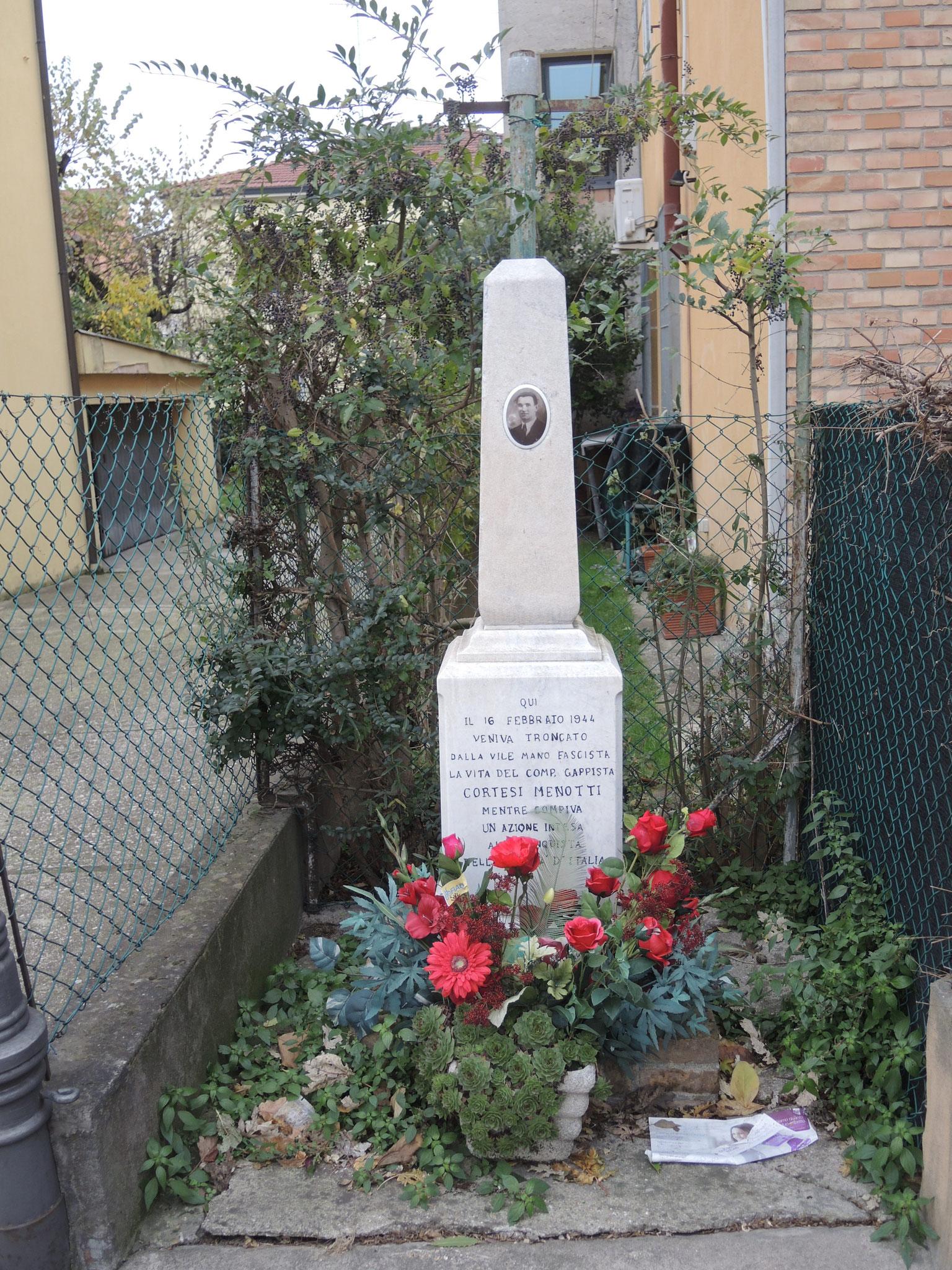 Cippo partigiano in Via san Mama a Ravenna