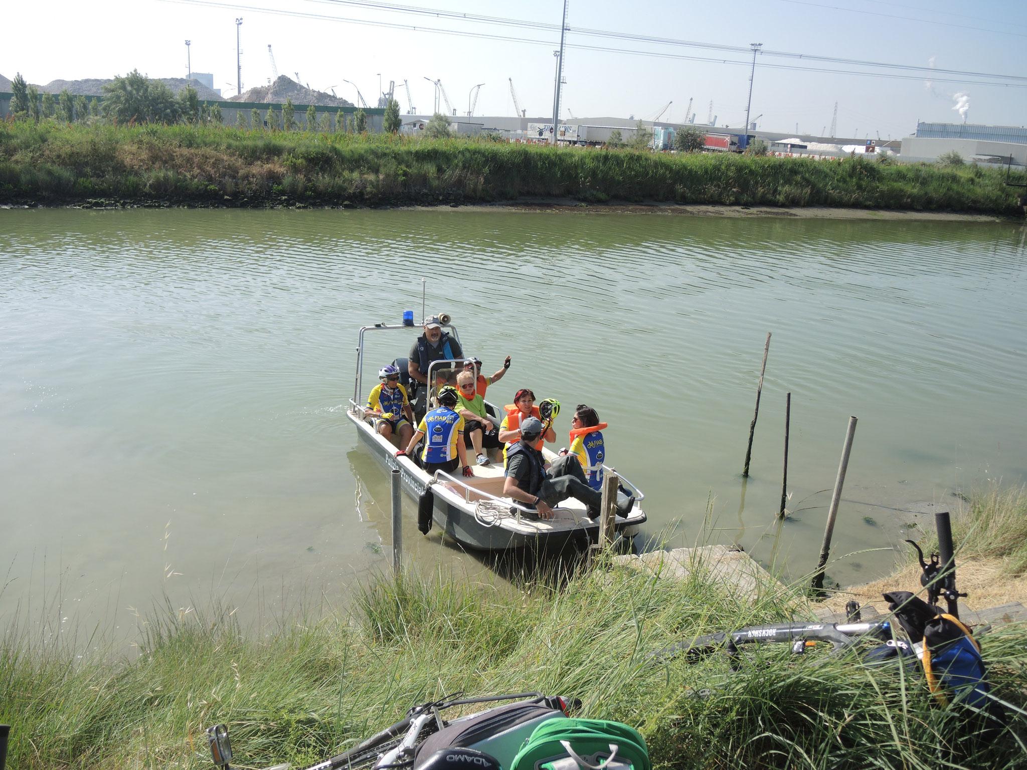 barca fornita dalla Provincia di Ravenna