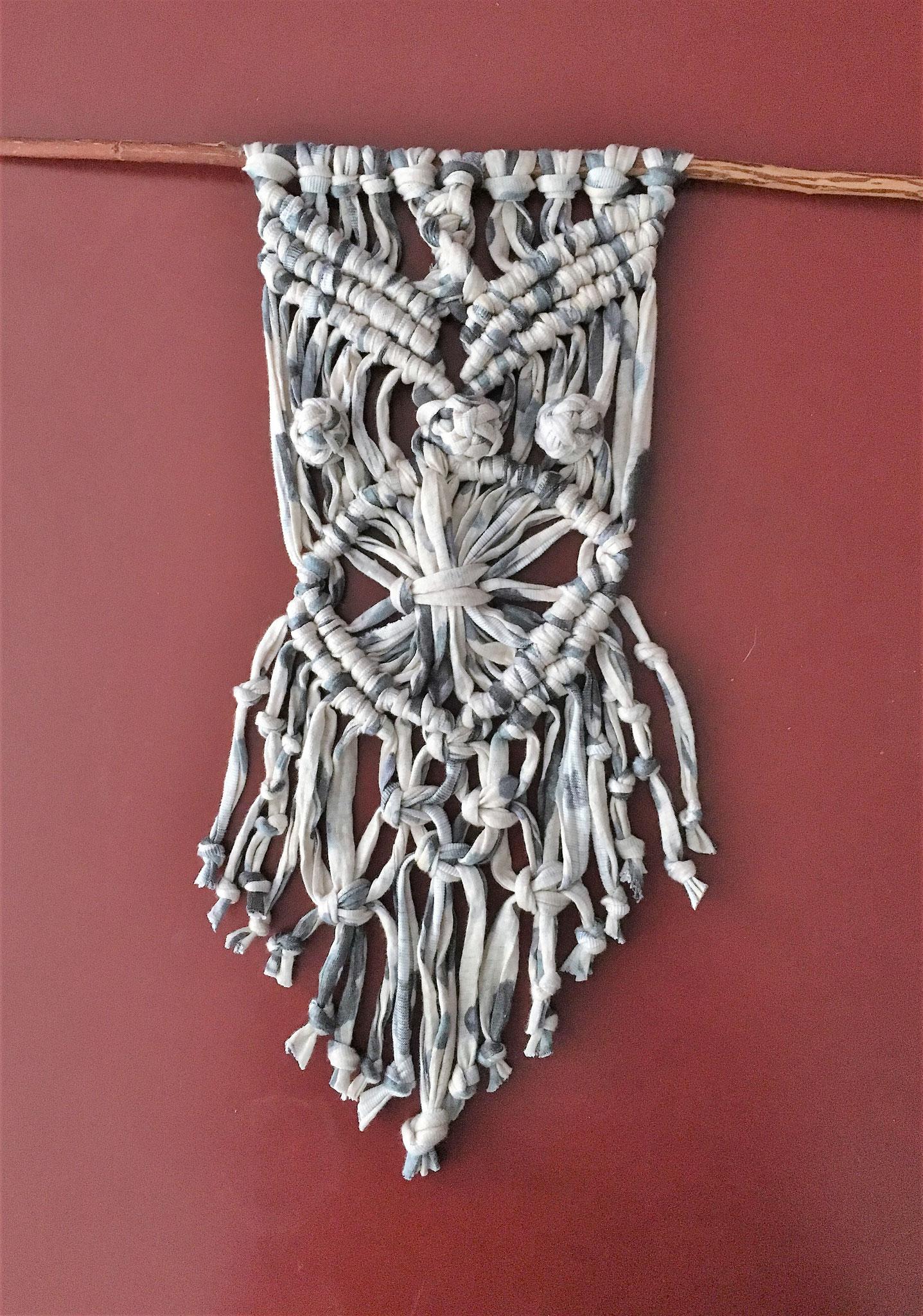 Makramee Wall Hanging Jerseygarn