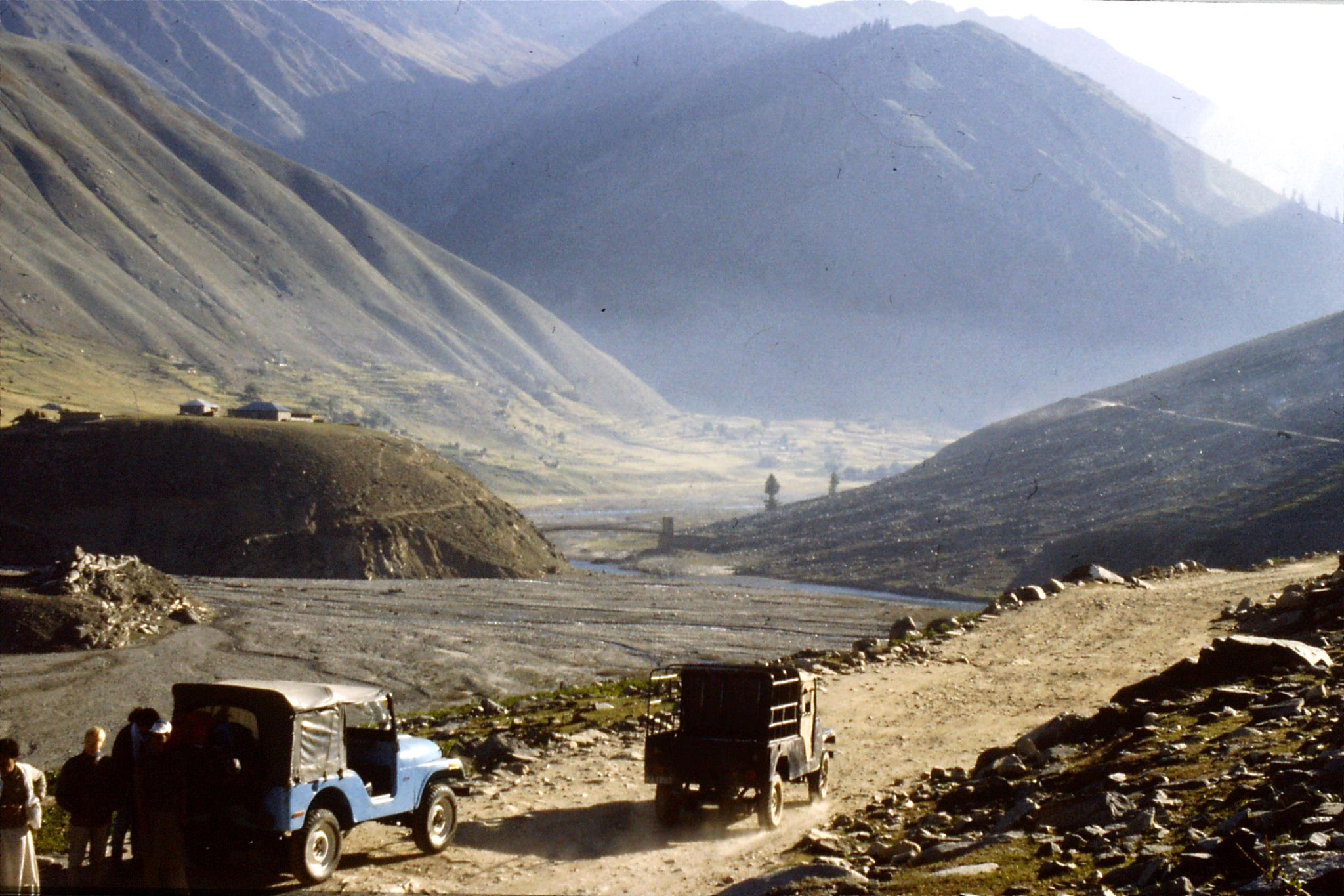 6/10/1989: 14: Kaghan Valley route to Batacundi