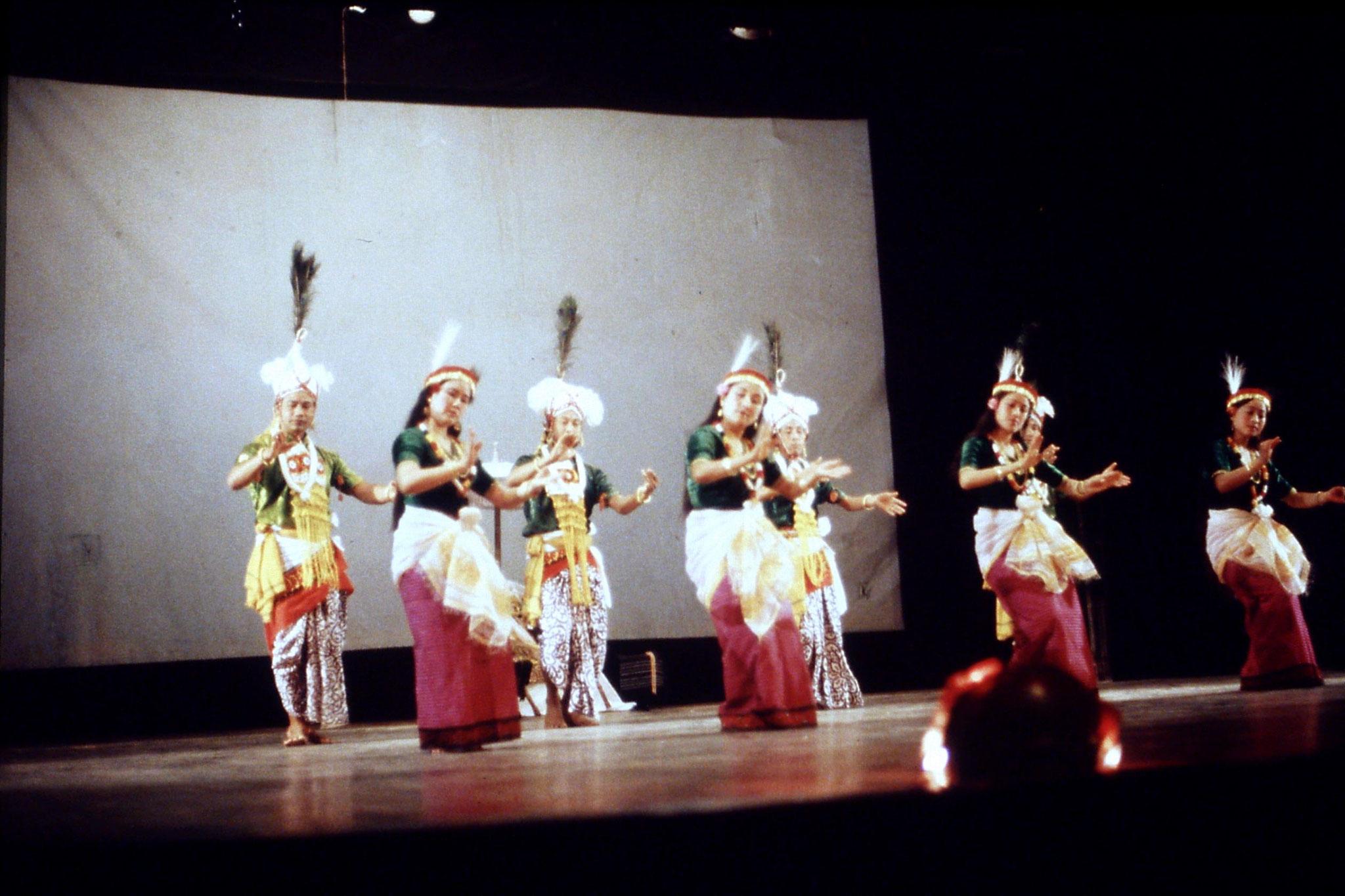 114/01: Imphal - Nehru Manipur Dance Academy show