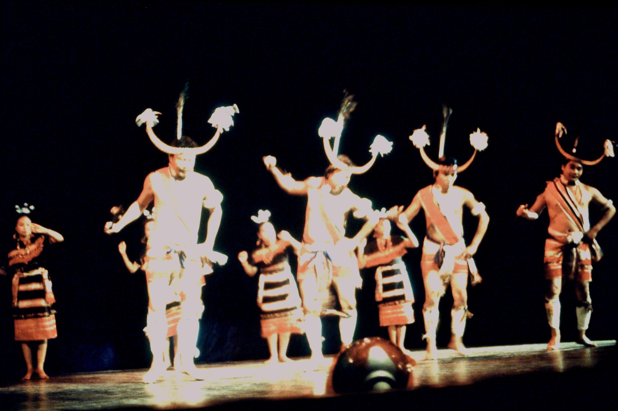 114/13: Imphal - Nehru Manipur Dance Academy show