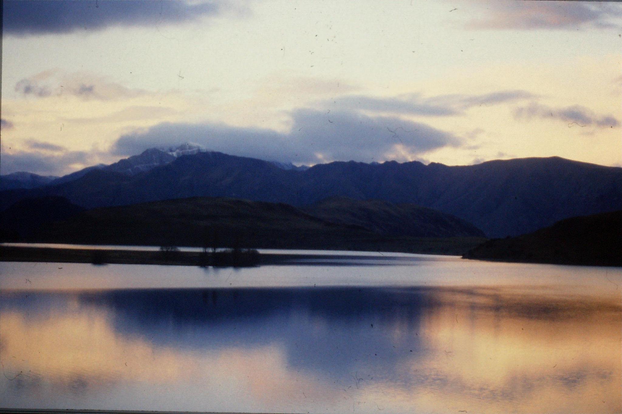 19/8/1990: 14: Wanaka Lake