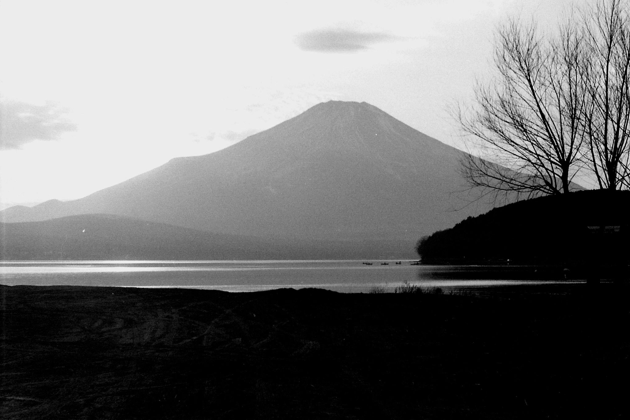 29/12/1988: 30:  Mt Fuji and Five Lakes area