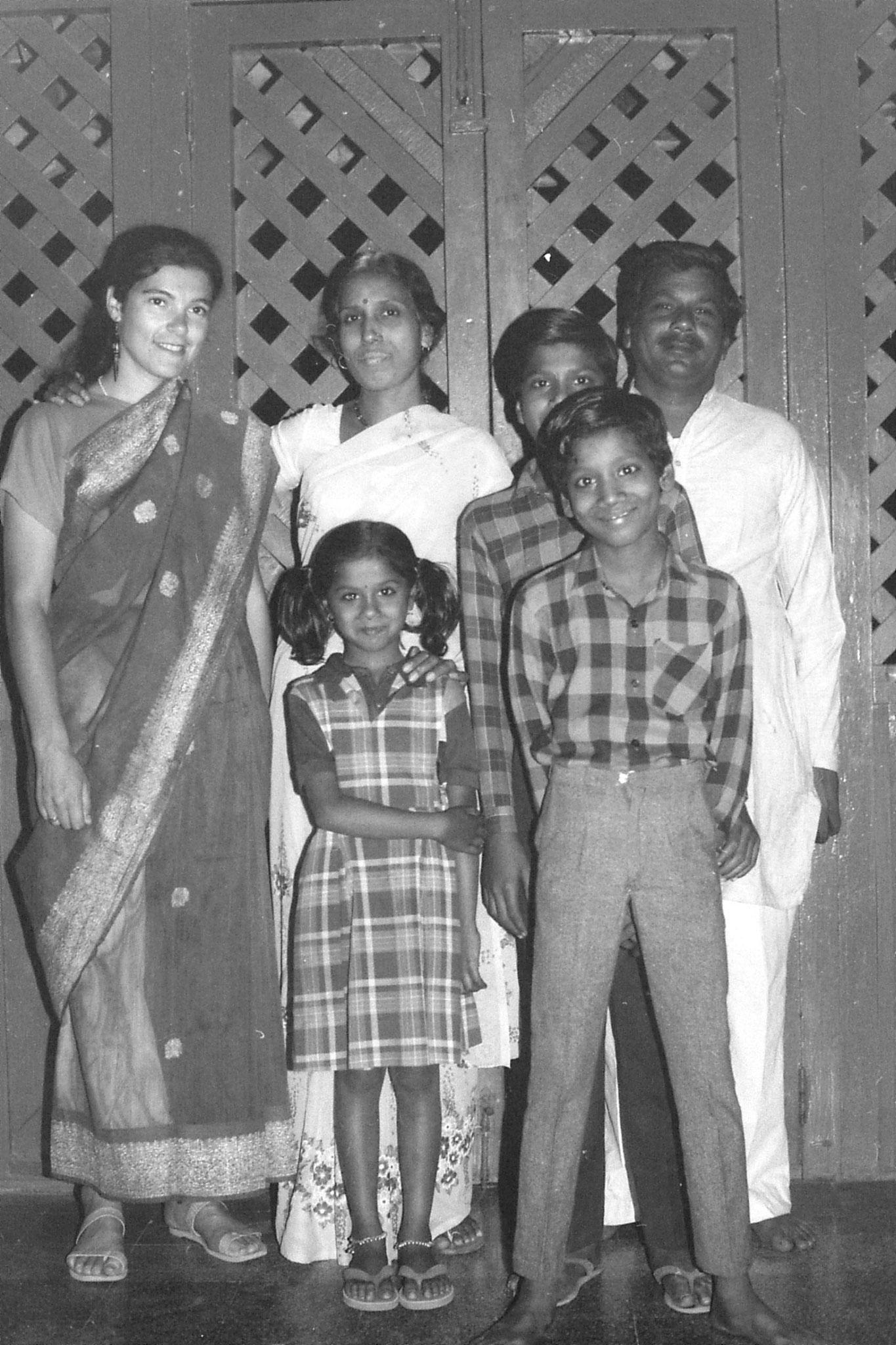 11/12/1989: 23: Chourasia family with Elizabeth