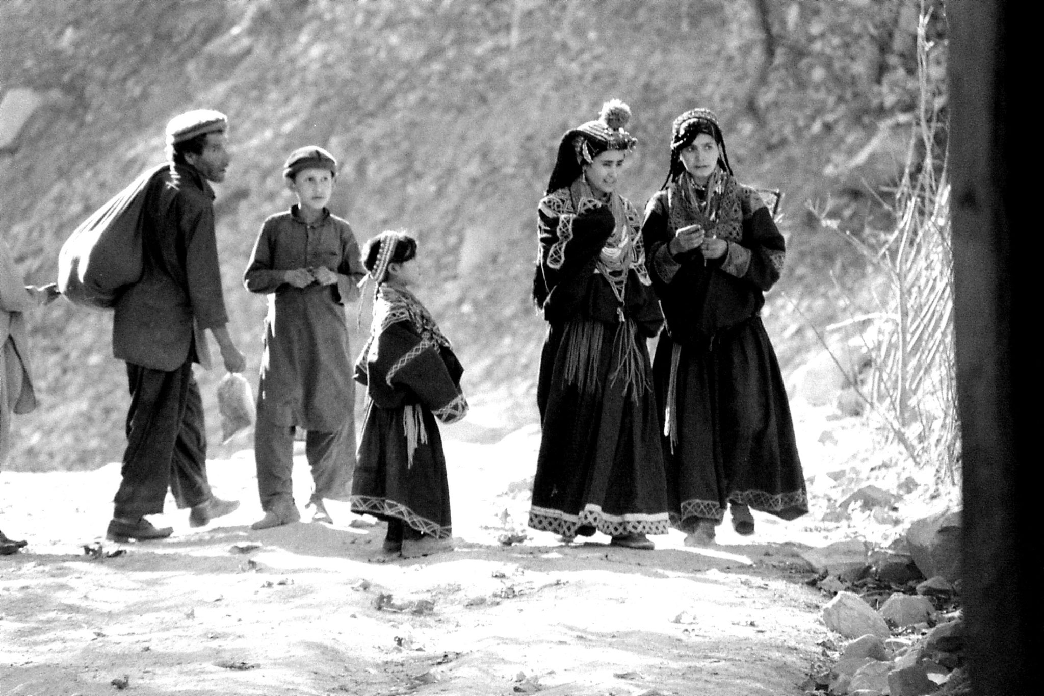 30/10/1989: 21: Bumburet, Kalash people
