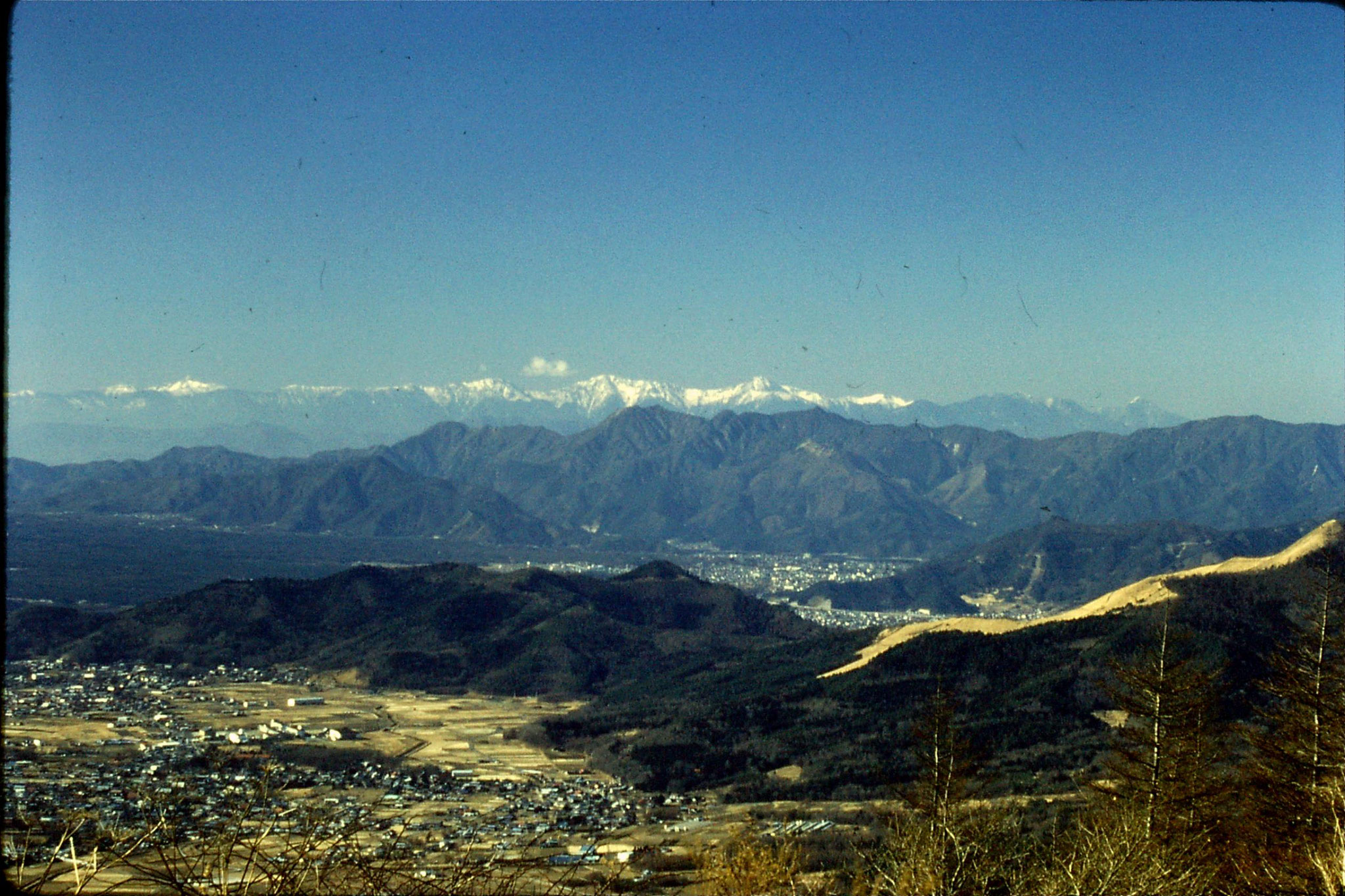 31/12/1988: 10: view across Five Lake area