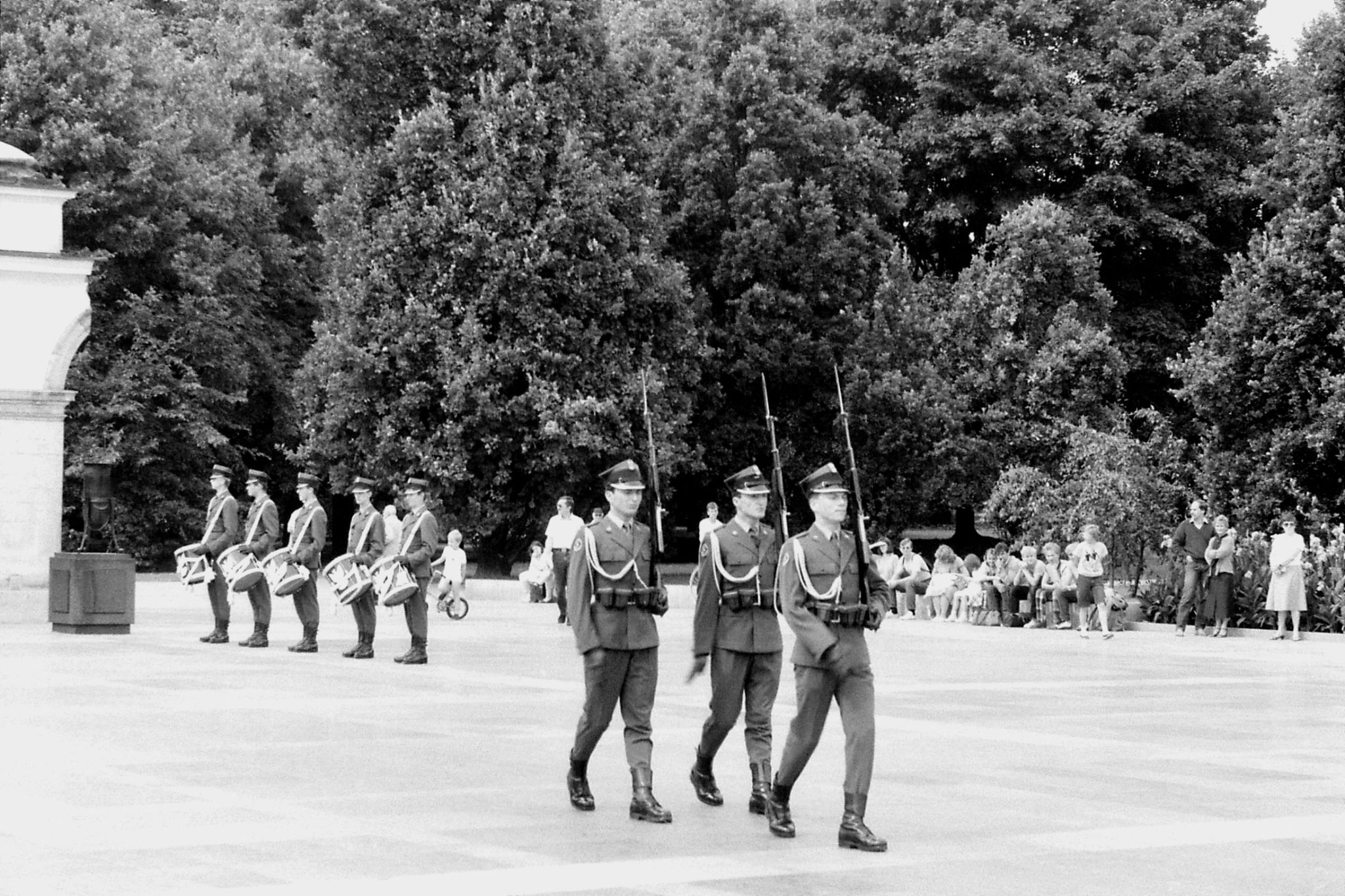 22/8/1988: 16: Tomb of the Unknown Soldier