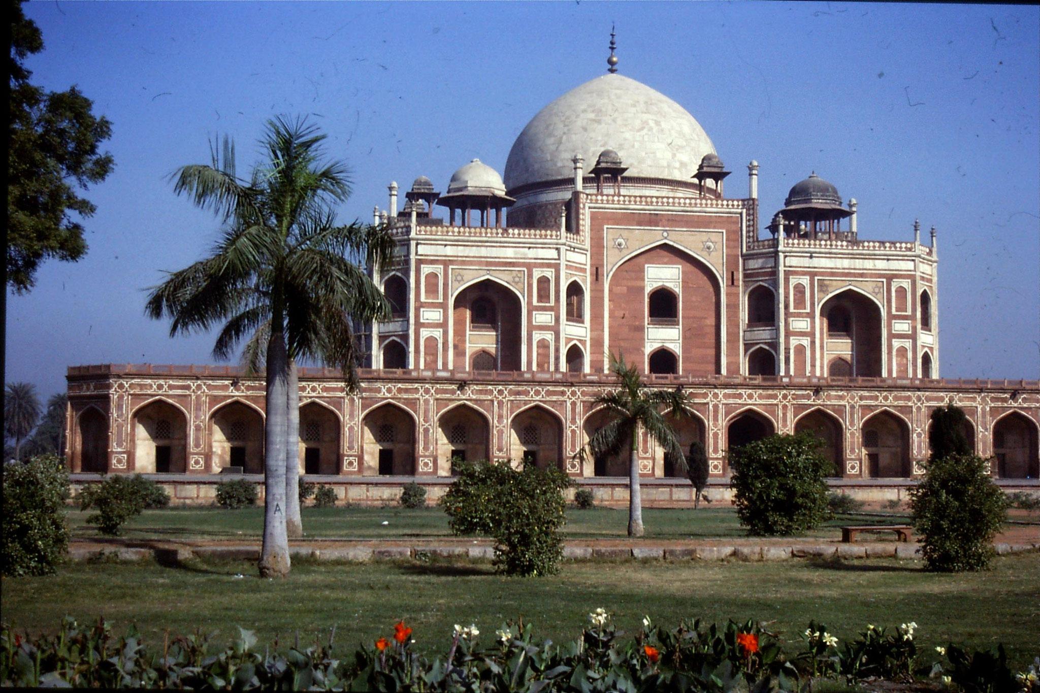 21/11/1989: 17: Delhi Humayun Tomb