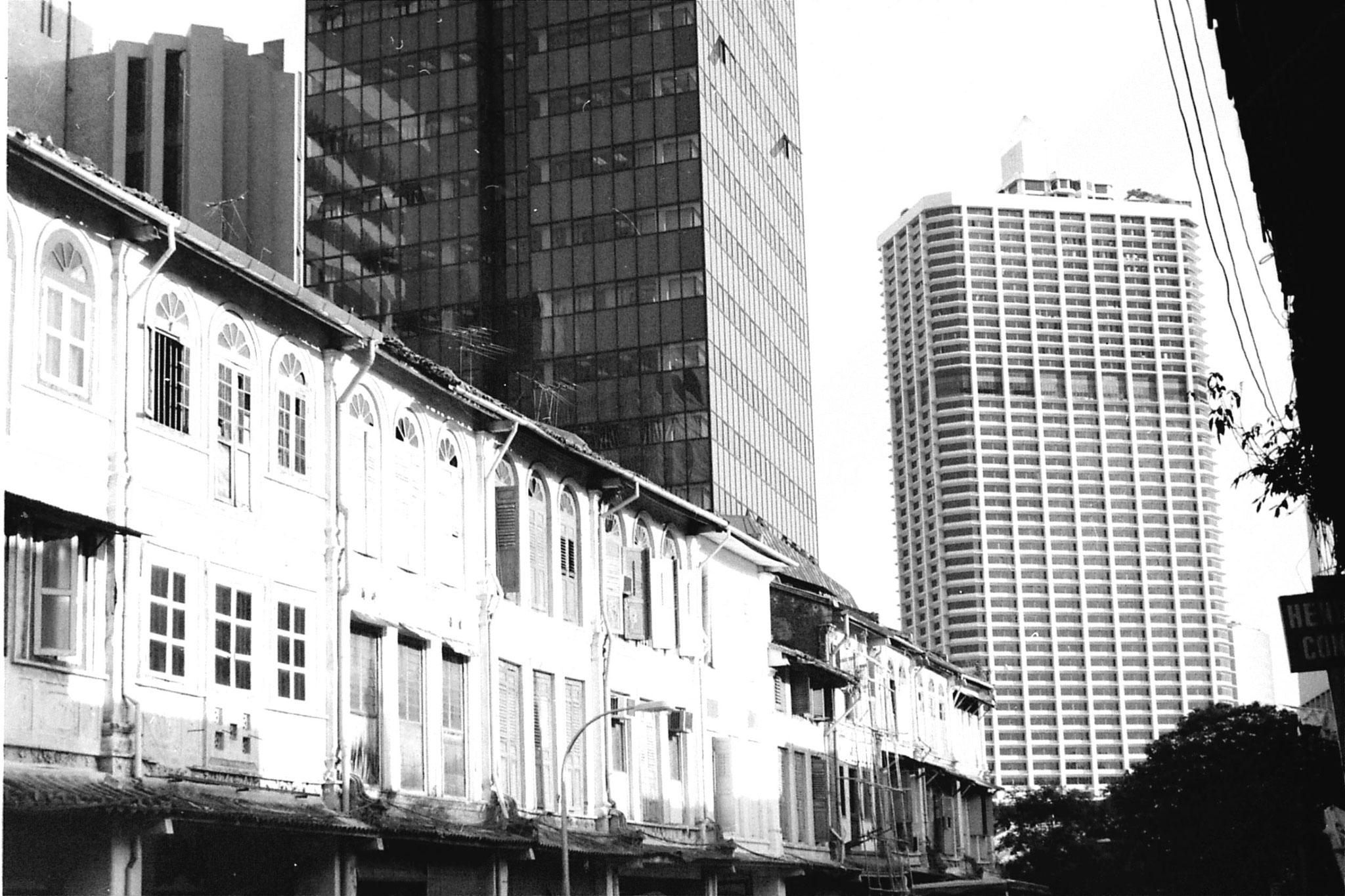 2/7/1990: 32: Singapore Chinatown