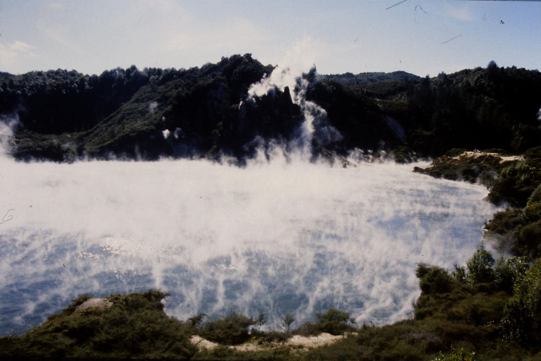 31/8/1990: 27: Waimangu cauldron