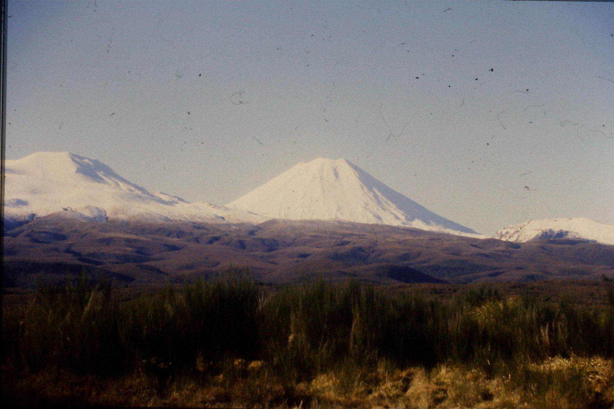 30/8/1990: 9: Mt Ngauruhoe from west