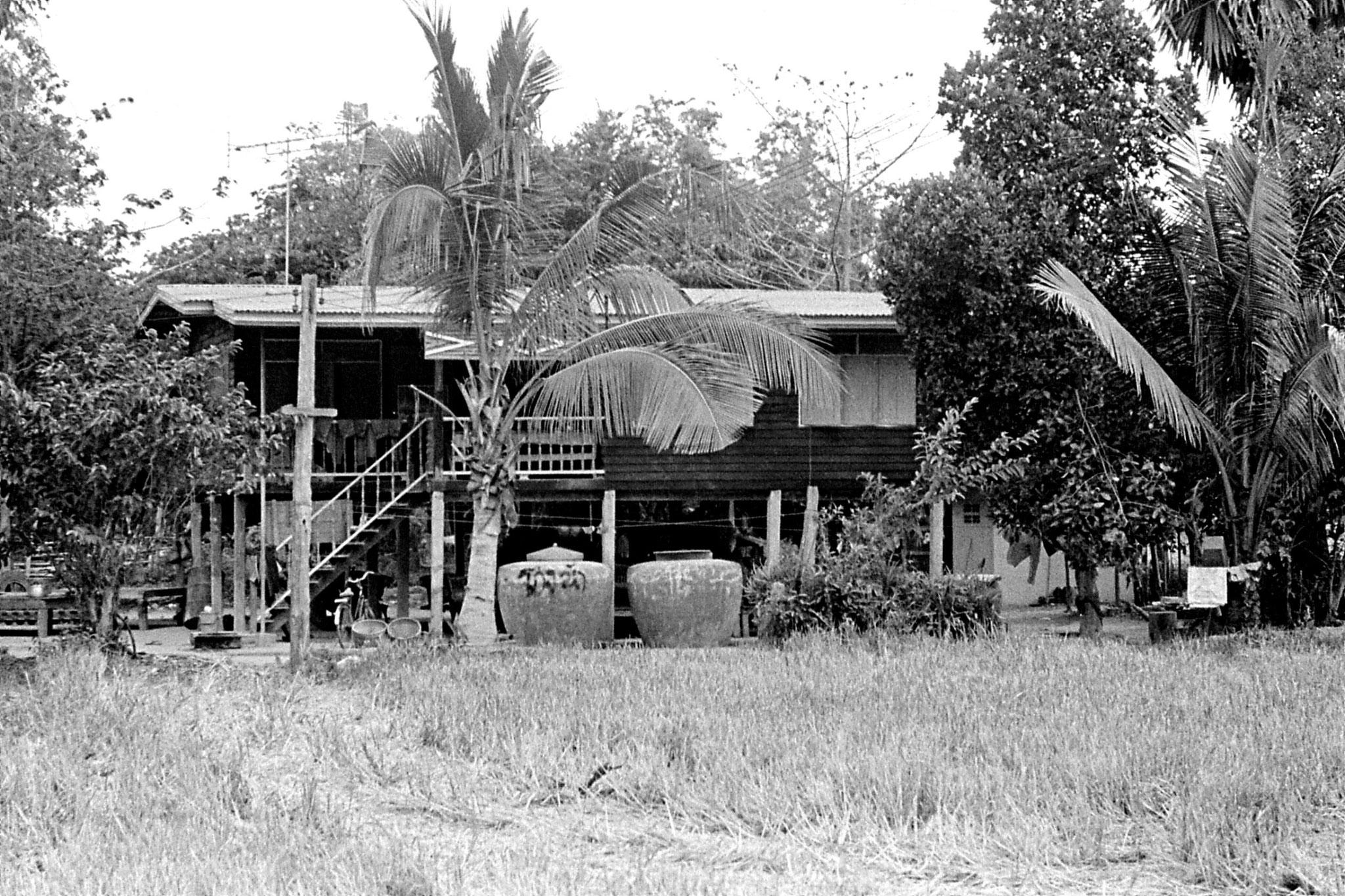 7/6/1990: 15: Manorom, farmer's house
